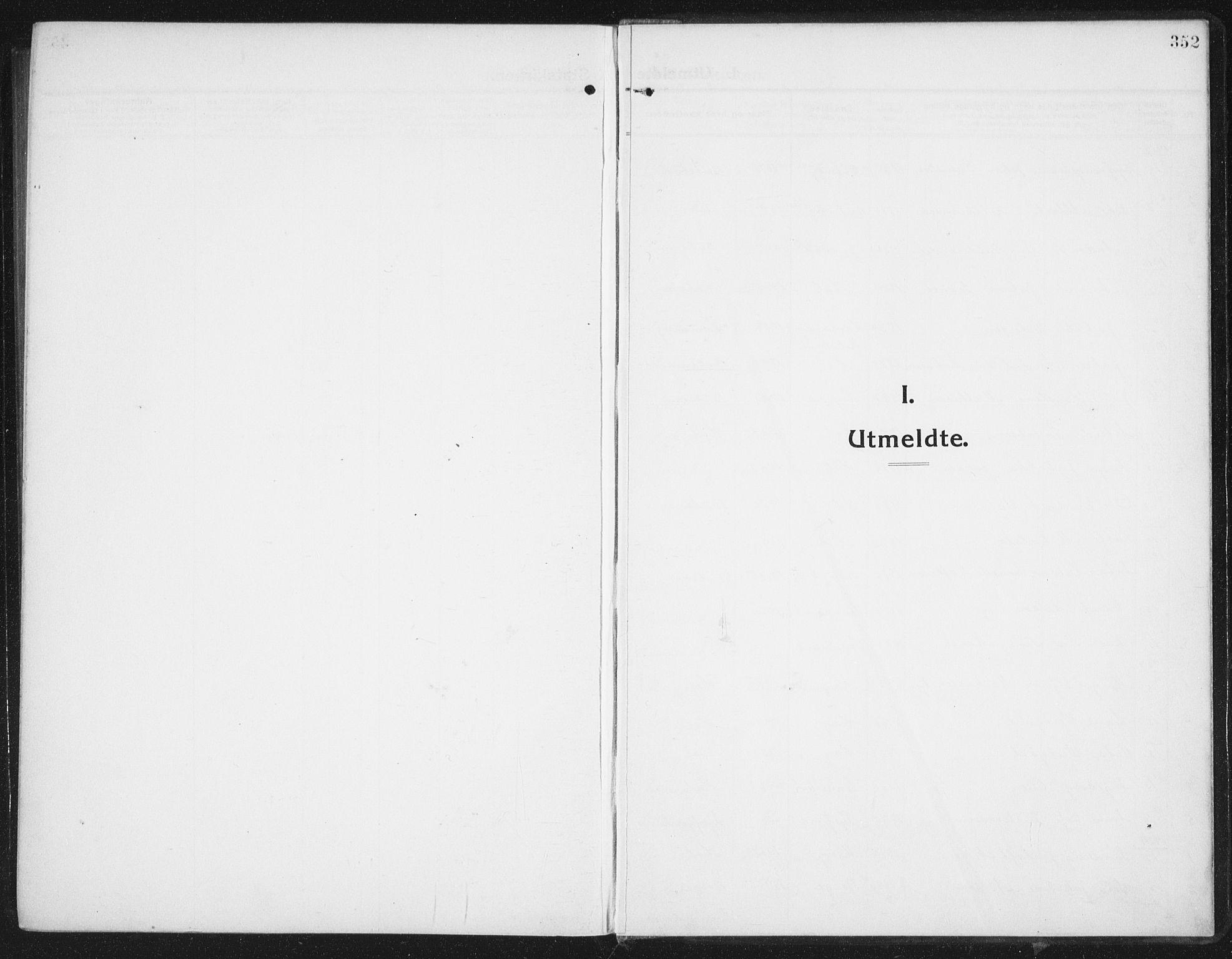 SAT, Ministerialprotokoller, klokkerbøker og fødselsregistre - Nordland, 882/L1183: Parish register (copy) no. 882C01, 1911-1938, p. 352