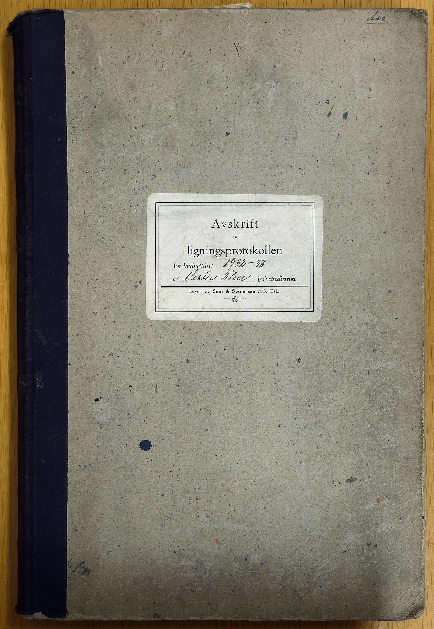 KVT, Vestre Toten municipality archive:  Vestre Toten municipality tax assessment protocol 1932-1933, 1932-1933