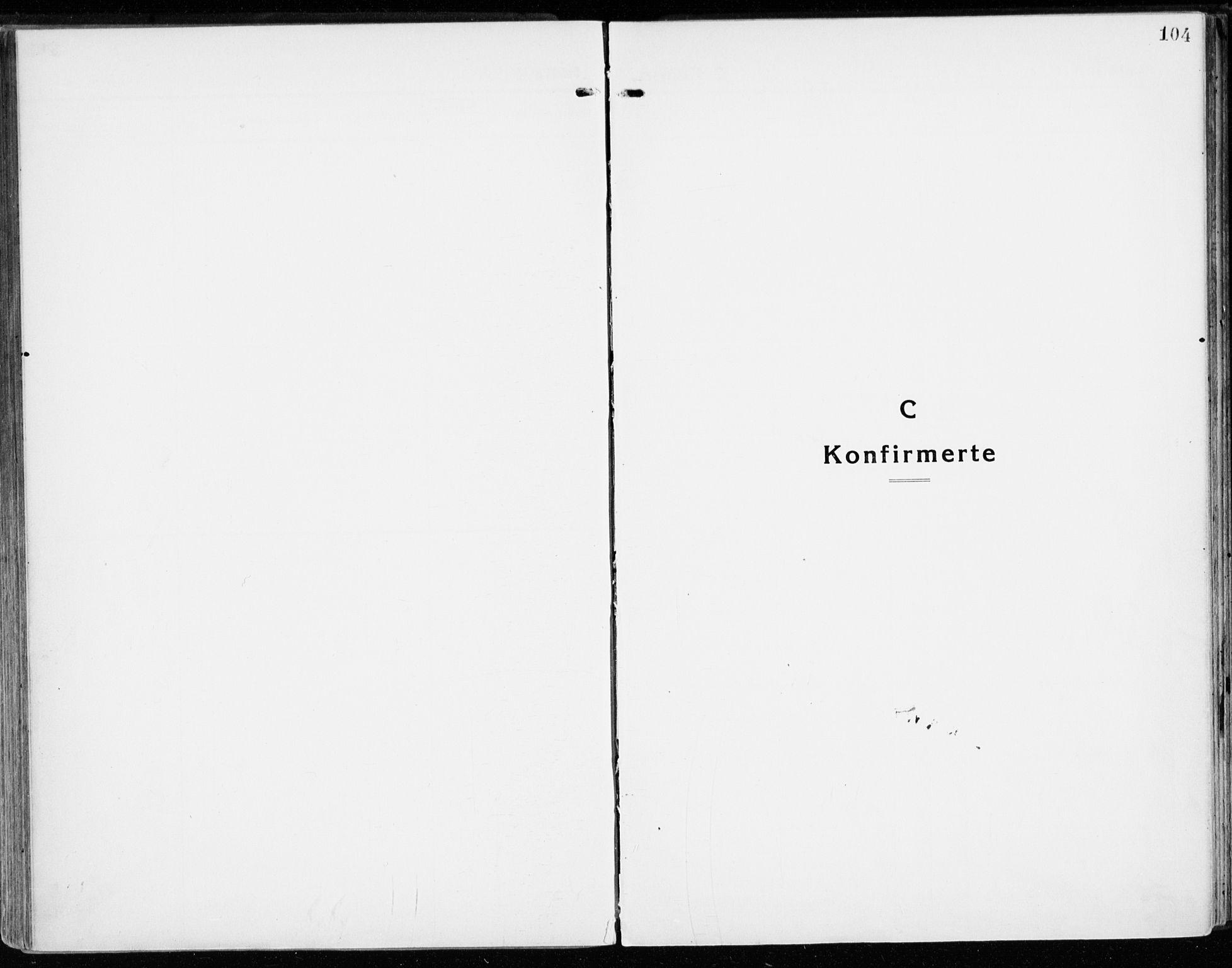 SAH, Stange prestekontor, K/L0025: Parish register (official) no. 25, 1921-1945, p. 104