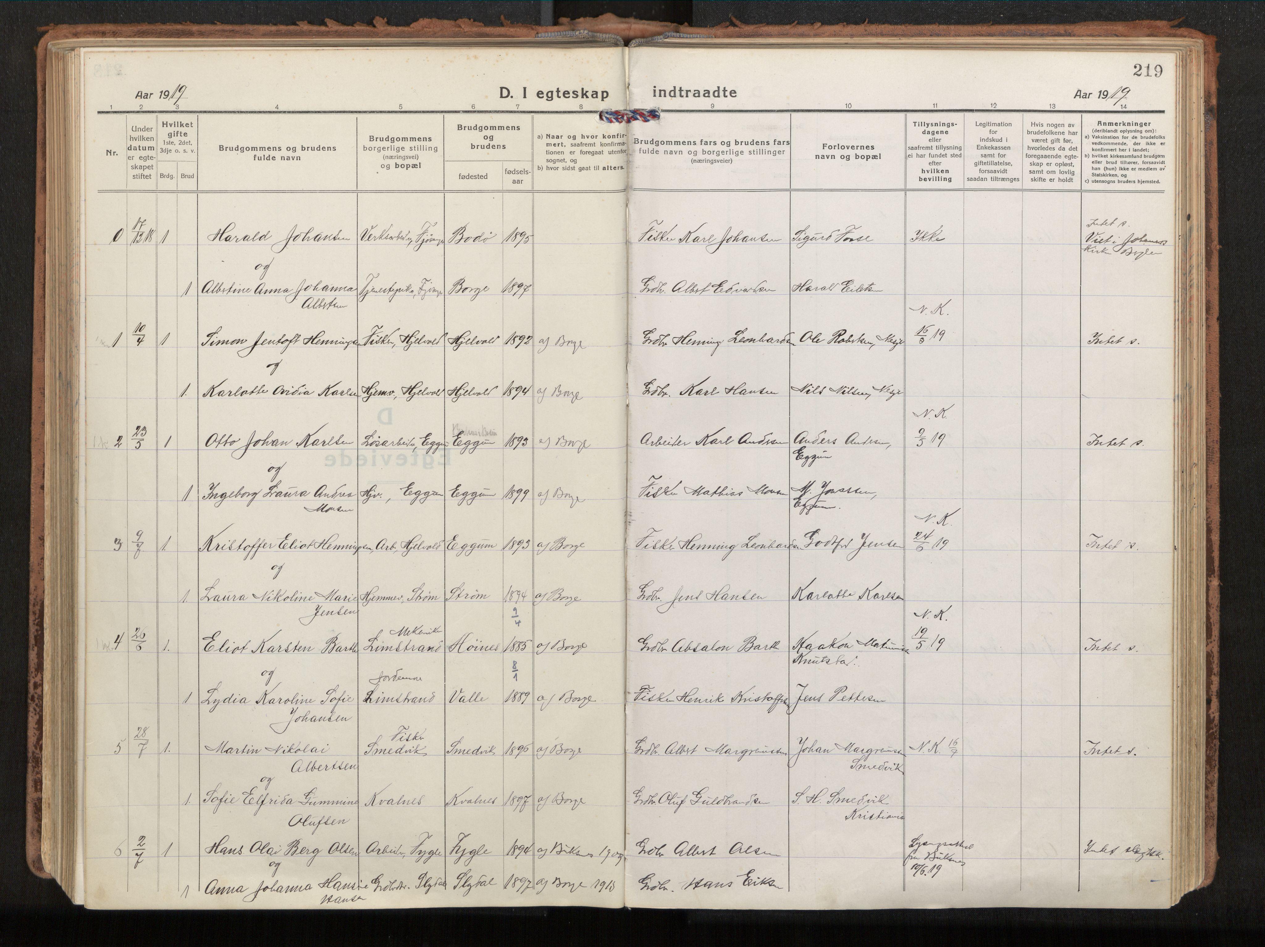 SAT, Ministerialprotokoller, klokkerbøker og fødselsregistre - Nordland, 880/L1136: Parish register (official) no. 880A10, 1919-1927, p. 219