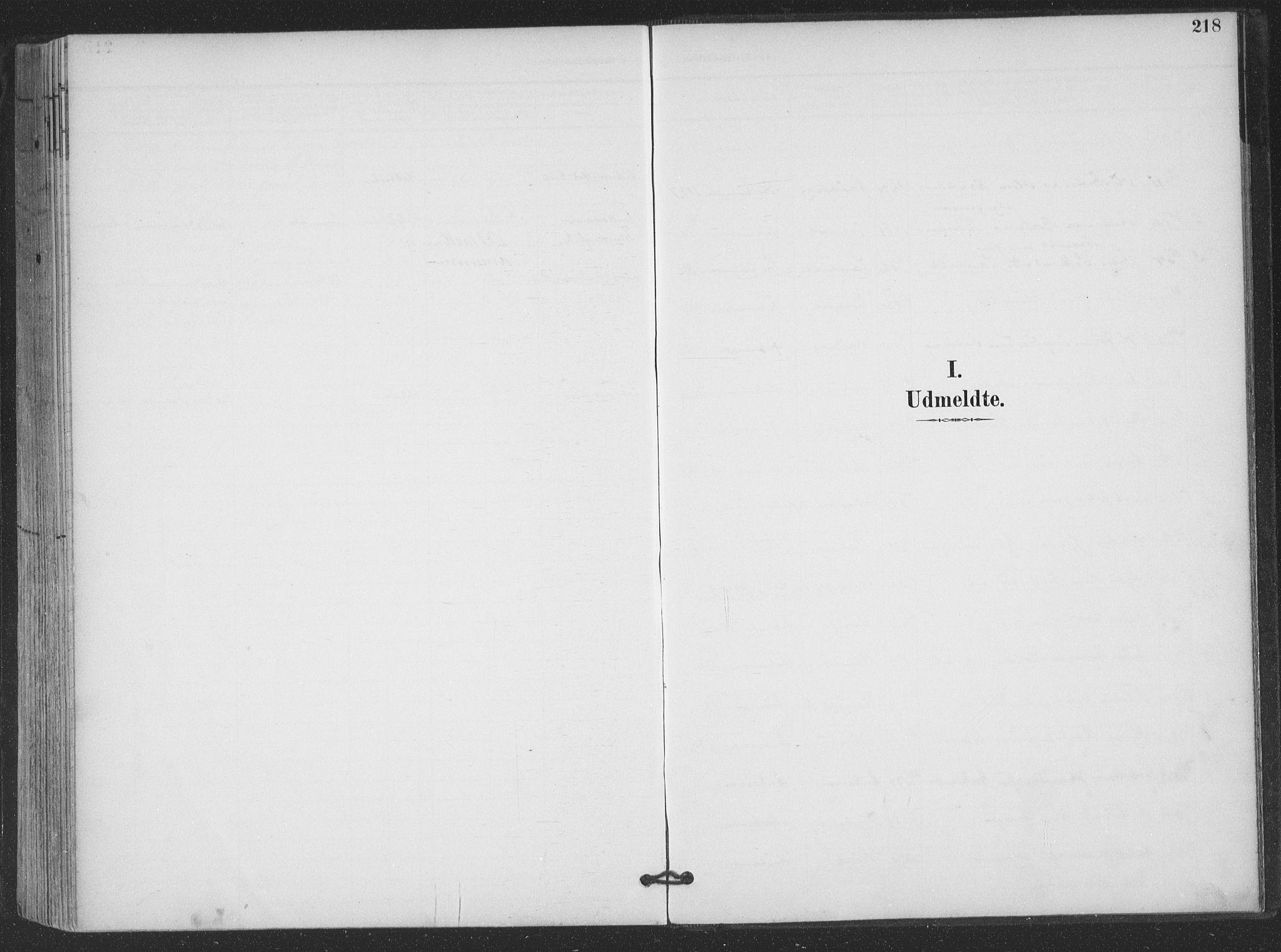 SAT, Ministerialprotokoller, klokkerbøker og fødselsregistre - Nordland, 866/L0939: Parish register (official) no. 866A02, 1894-1906, p. 218