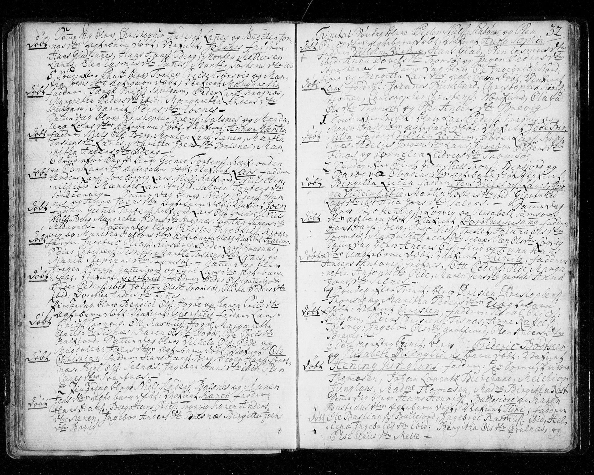 SATØ, Tromsø sokneprestkontor/stiftsprosti/domprosti, G/Ga/L0002kirke: Parish register (official) no. 2, 1753-1778, p. 32