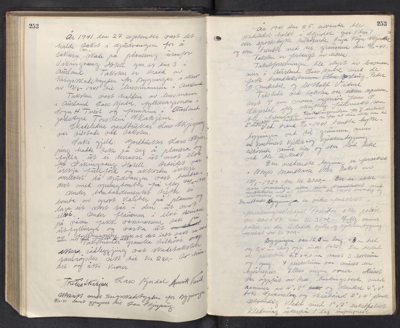 SAB, Lensmannen i Aurland, 0012/L0003: Branntakstprotokoll, 1917-1944, p. 253