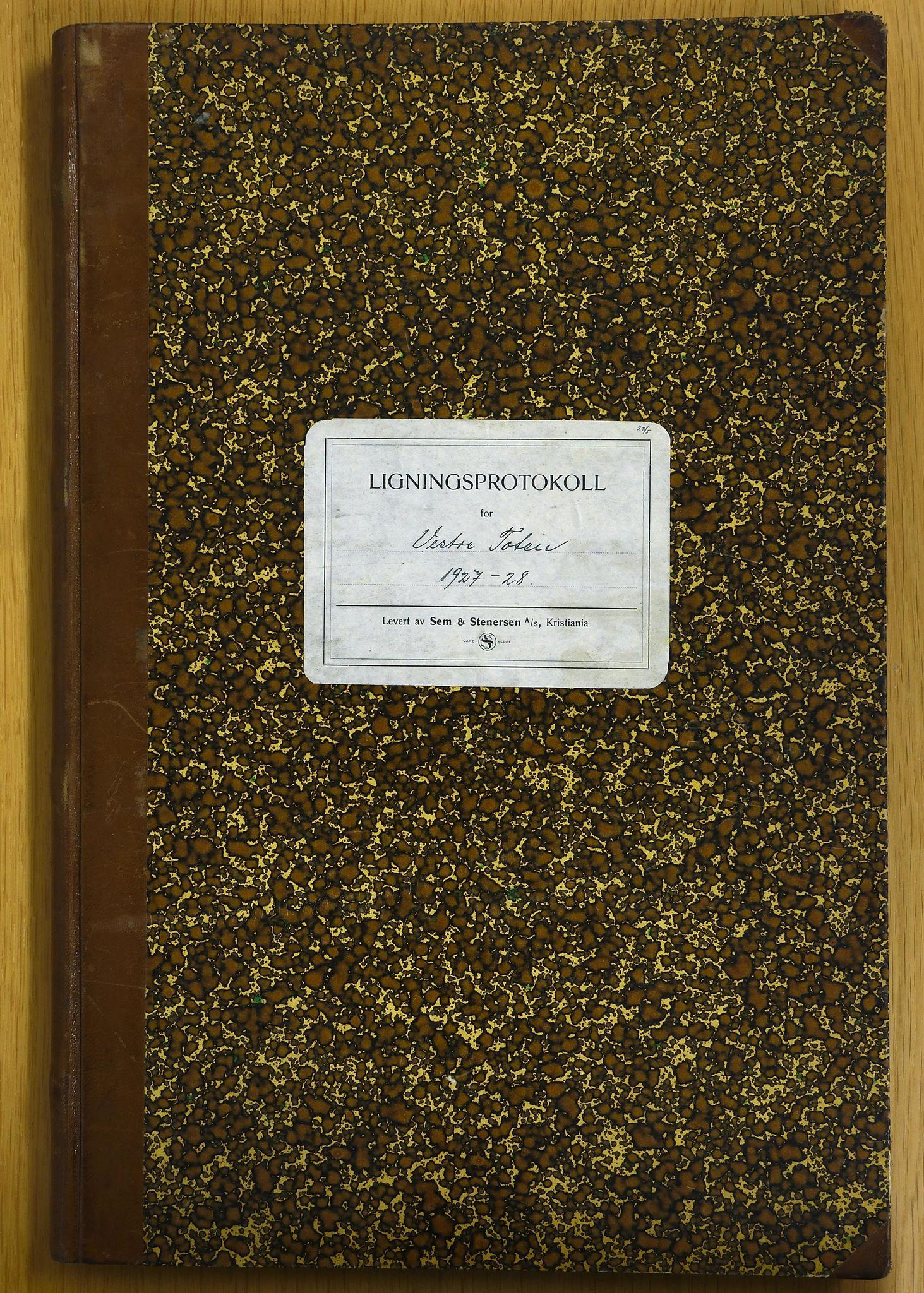 KVT, Vestre Toten municipal archive: Vestre Toten municipal, tax assessment protocol 1927-1928, 1927-1928