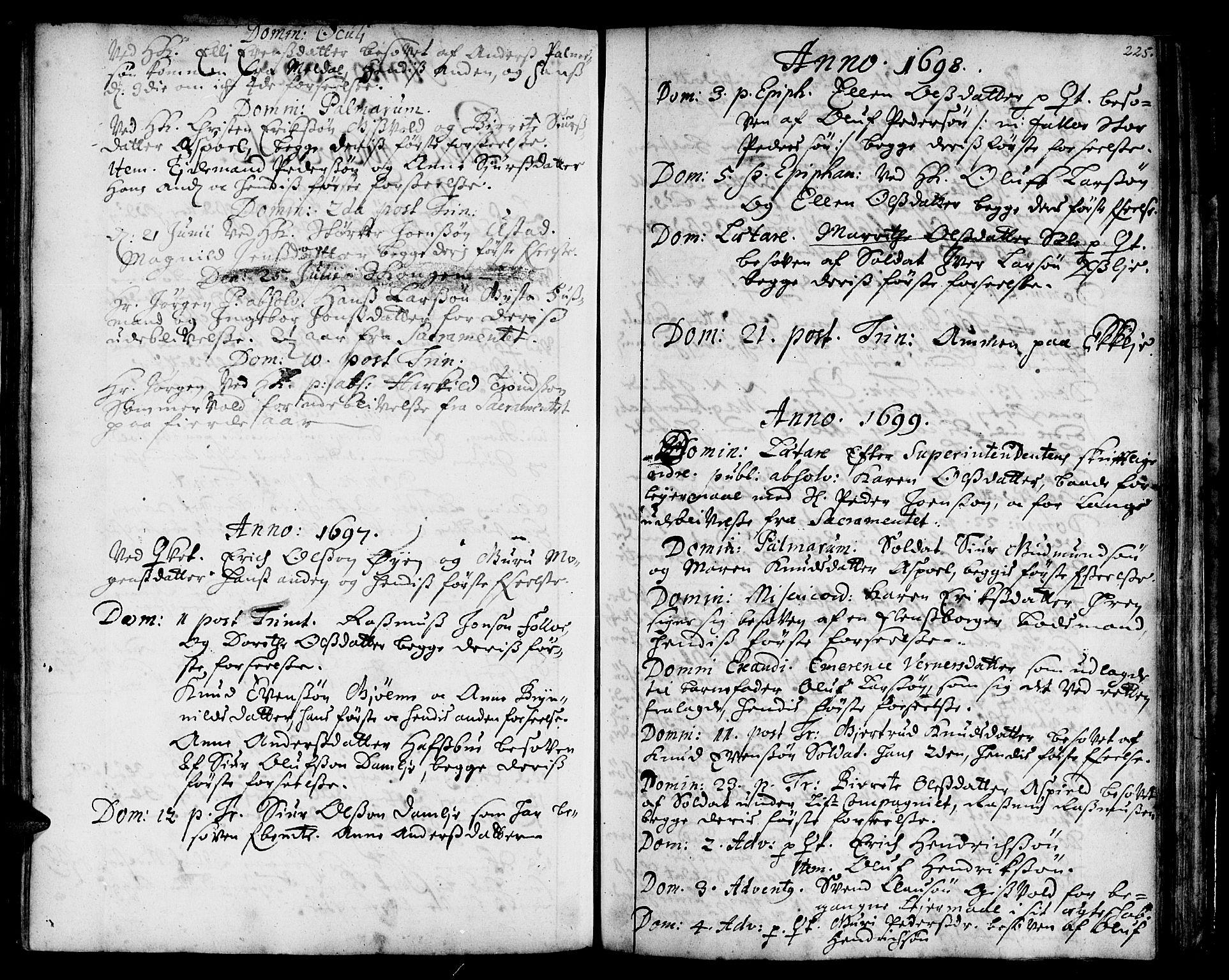 SAT, Ministerialprotokoller, klokkerbøker og fødselsregistre - Sør-Trøndelag, 668/L0801: Ministerialbok nr. 668A01, 1695-1716, s. 224-225