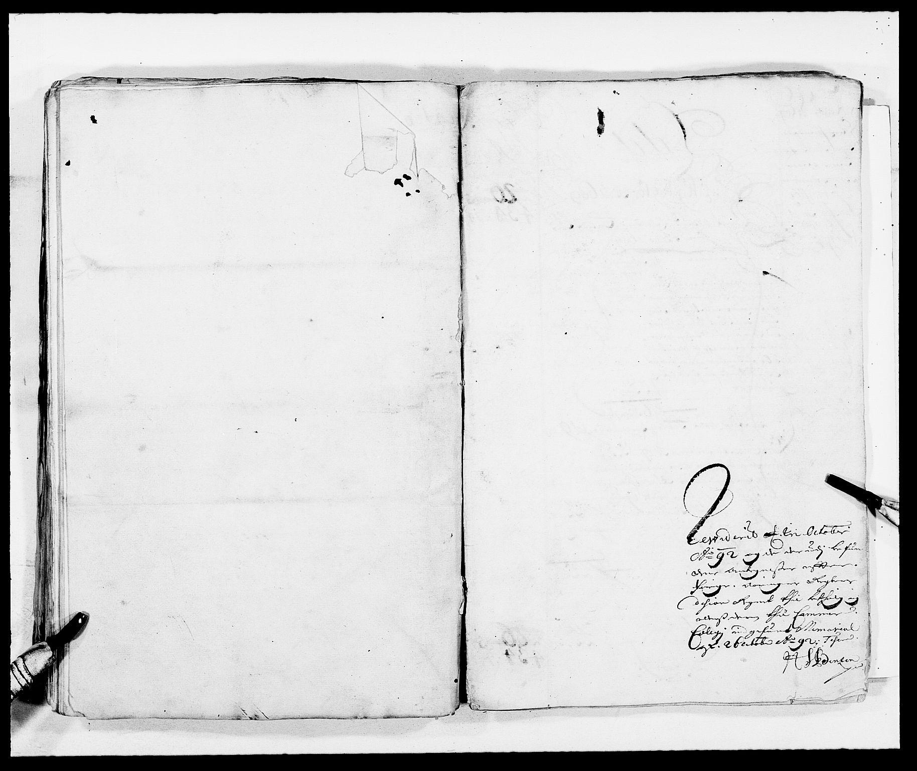 RA, Rentekammeret inntil 1814, Reviderte regnskaper, Fogderegnskap, R08/L0420: Fogderegnskap Aker, 1682-1691, s. 90