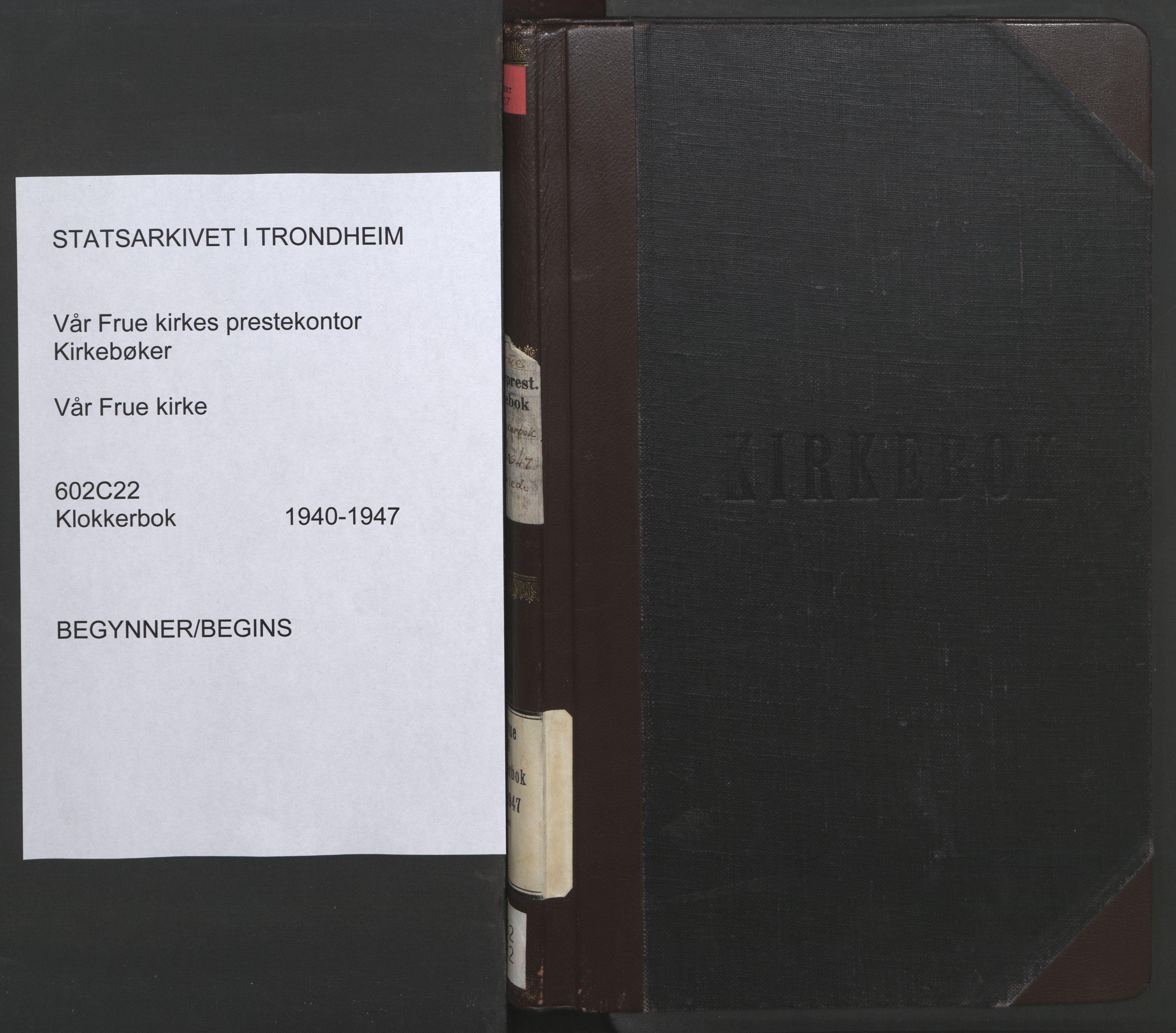 SAT, Ministerialprotokoller, klokkerbøker og fødselsregistre - Sør-Trøndelag, 602/L0154: Klokkerbok nr. 602C22, 1940-1947