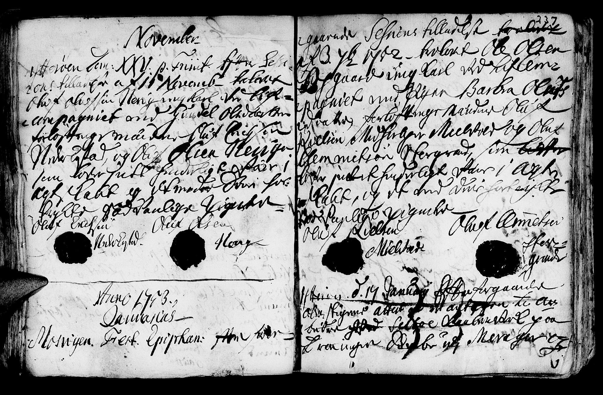 SAT, Ministerialprotokoller, klokkerbøker og fødselsregistre - Nord-Trøndelag, 722/L0215: Ministerialbok nr. 722A02, 1718-1755, s. 237