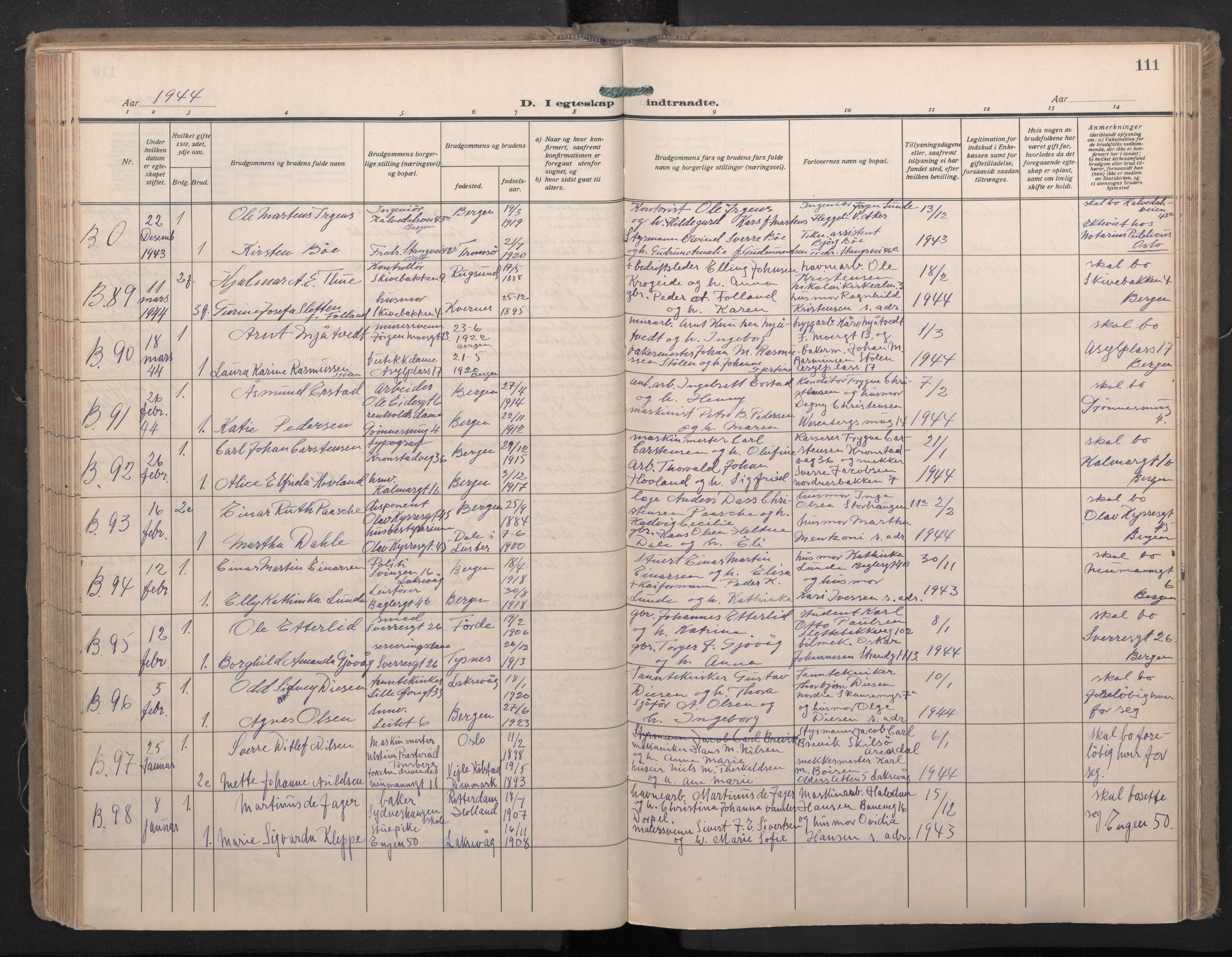 SAB, Domkirken Sokneprestembete, H/Haa: Ministerialbok nr. D 7, 1937-1950, s. 110b-111a