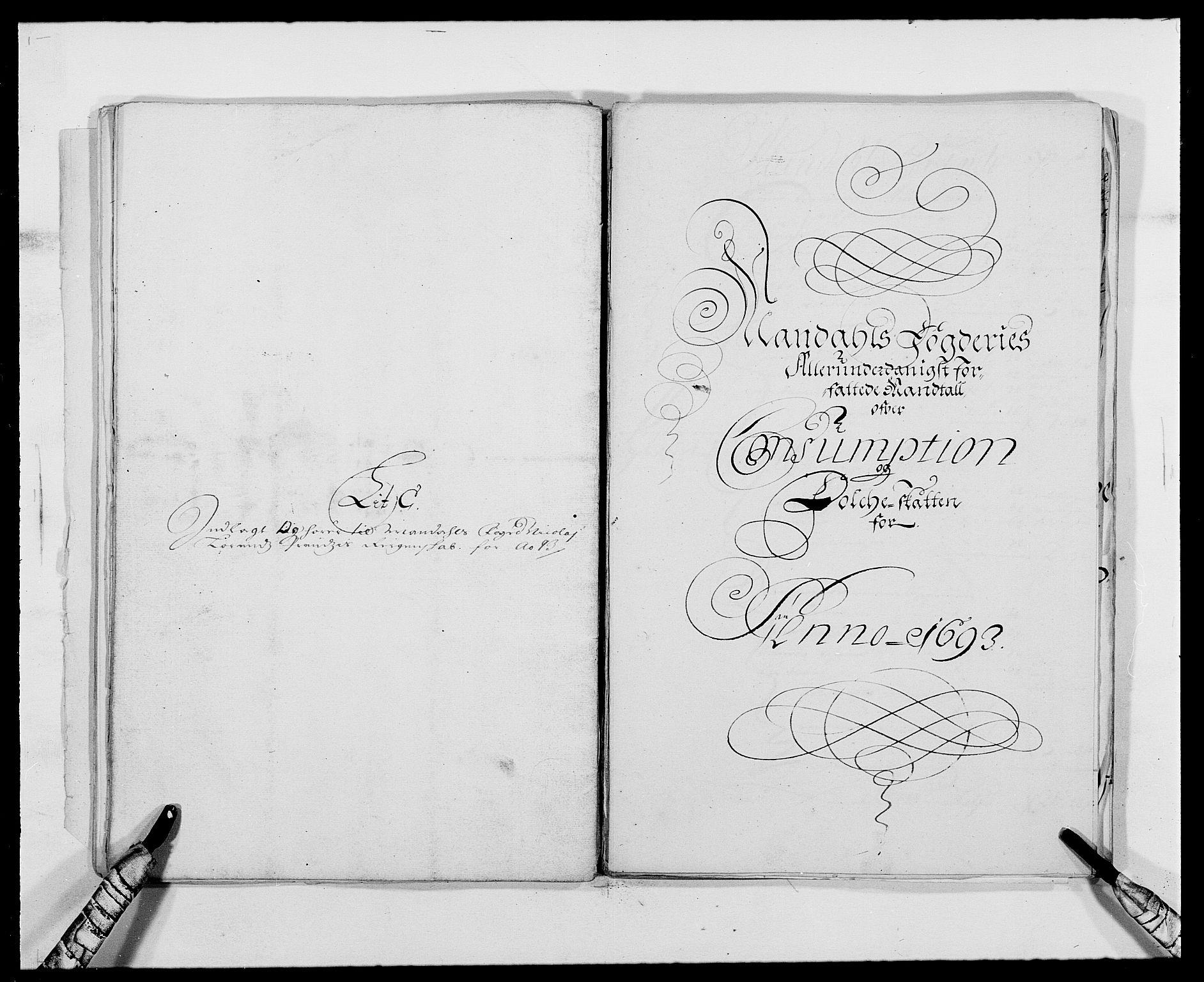 RA, Rentekammeret inntil 1814, Reviderte regnskaper, Fogderegnskap, R42/L2544: Mandal fogderi, 1692-1693, s. 216