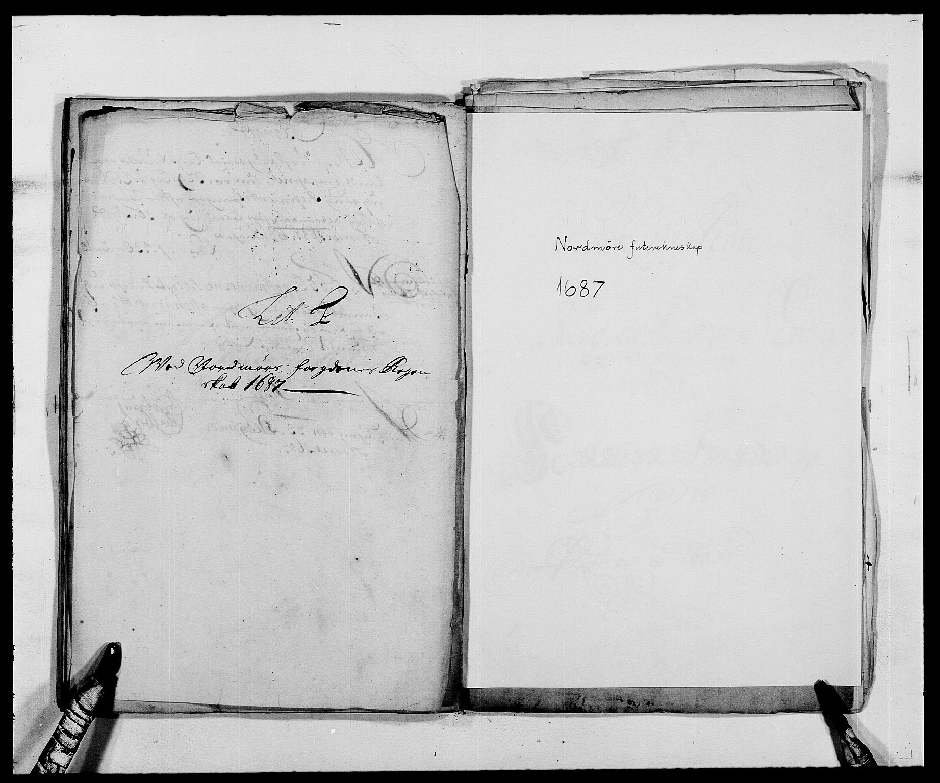 RA, Rentekammeret inntil 1814, Reviderte regnskaper, Fogderegnskap, R56/L3733: Fogderegnskap Nordmøre, 1687-1689, s. 44