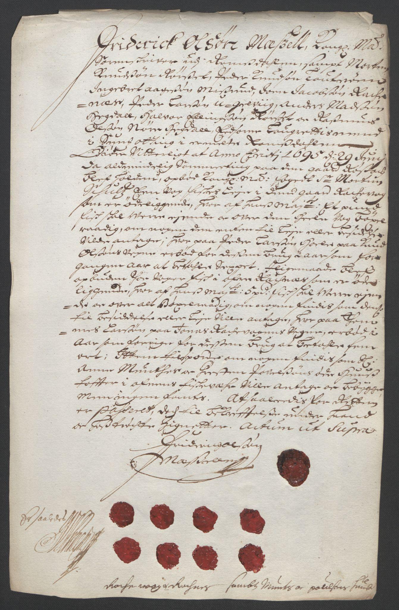 RA, Rentekammeret inntil 1814, Reviderte regnskaper, Fogderegnskap, R55/L3652: Fogderegnskap Romsdal, 1695-1696, s. 144