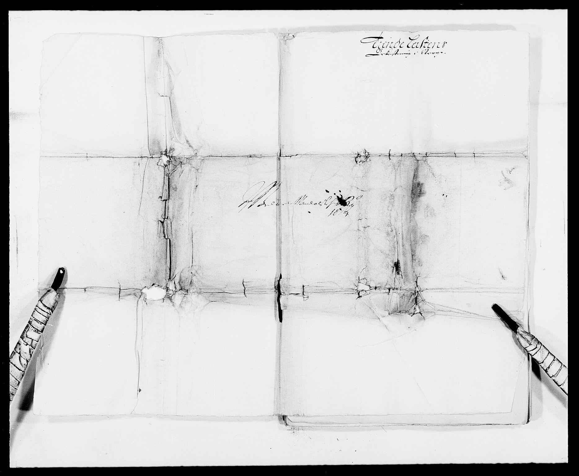 RA, Rentekammeret inntil 1814, Reviderte regnskaper, Fogderegnskap, R42/L2539: Mandal fogderi, 1671-1675, s. 237