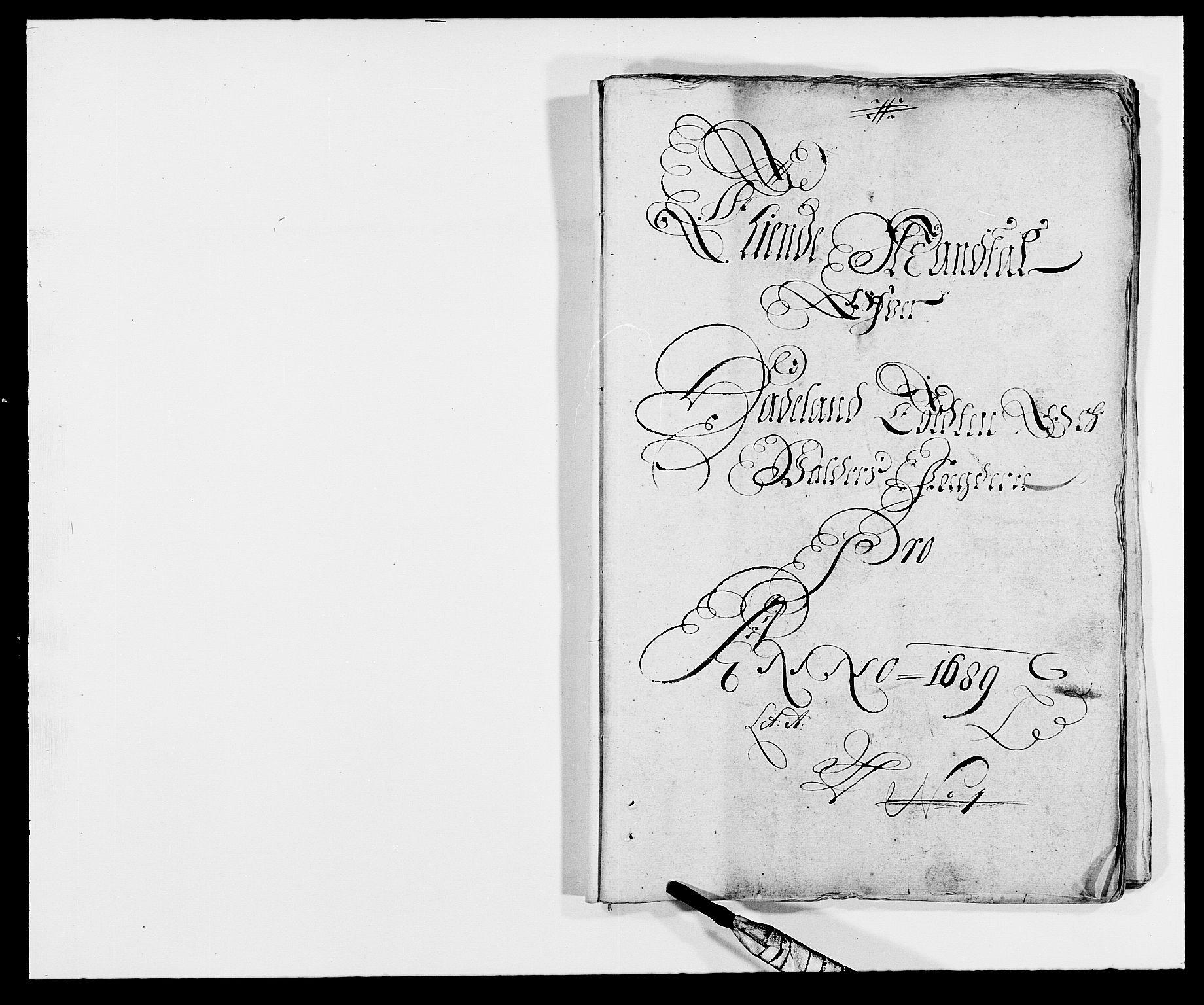 RA, Rentekammeret inntil 1814, Reviderte regnskaper, Fogderegnskap, R18/L1288: Fogderegnskap Hadeland, Toten og Valdres, 1689, s. 13