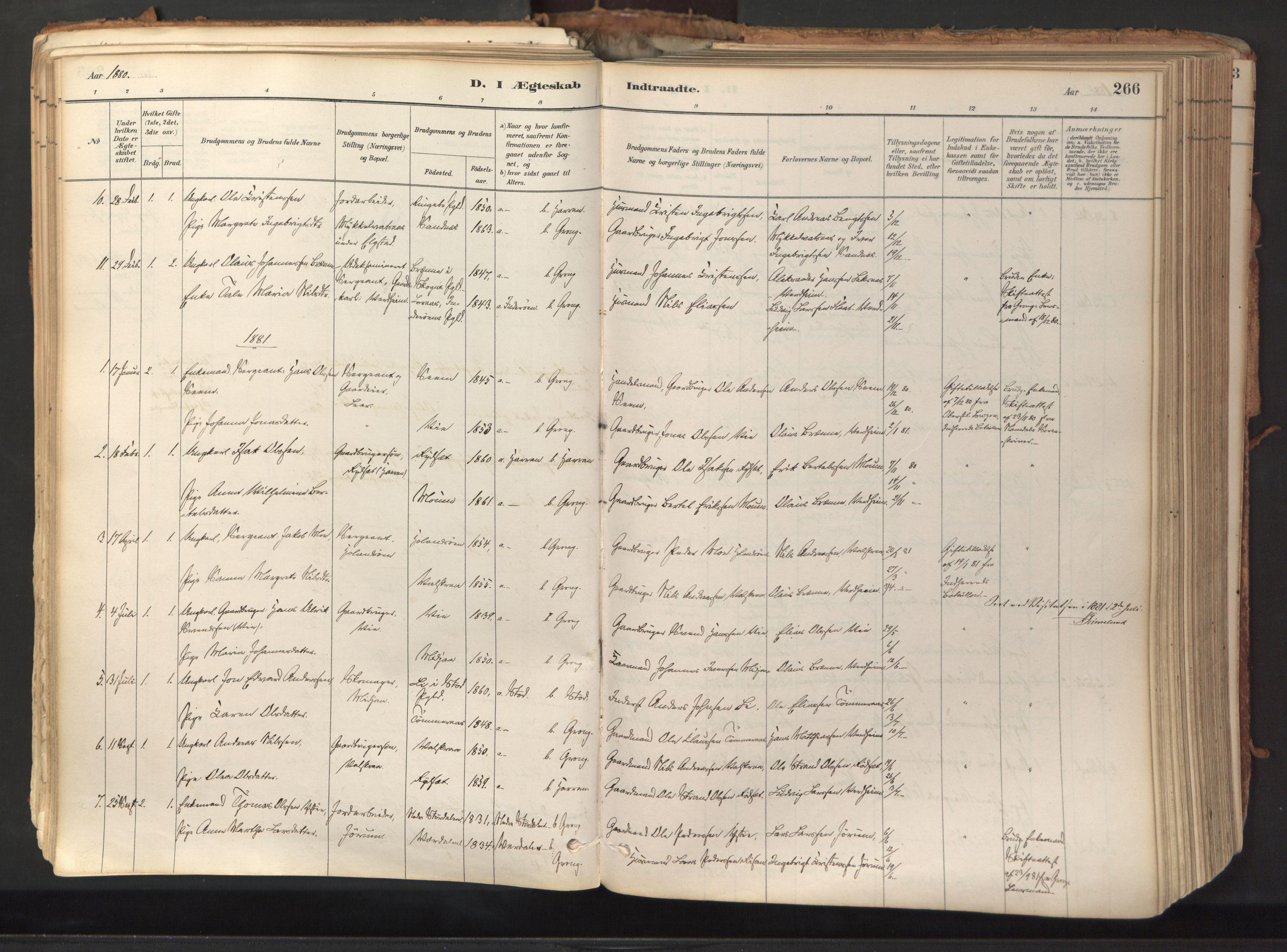 SAT, Ministerialprotokoller, klokkerbøker og fødselsregistre - Nord-Trøndelag, 758/L0519: Ministerialbok nr. 758A04, 1880-1926, s. 266
