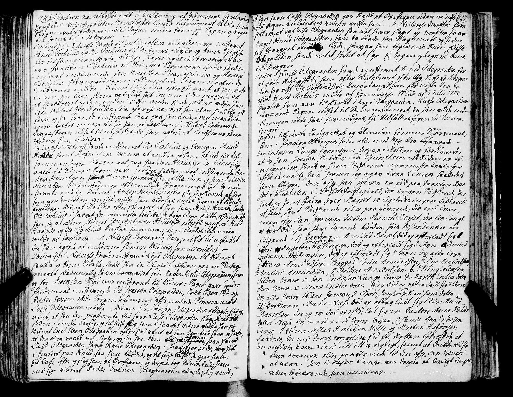 SAT, Romsdal sorenskriveri, 1/1A/L0013: Tingbok, 1749-1757, s. 426-427