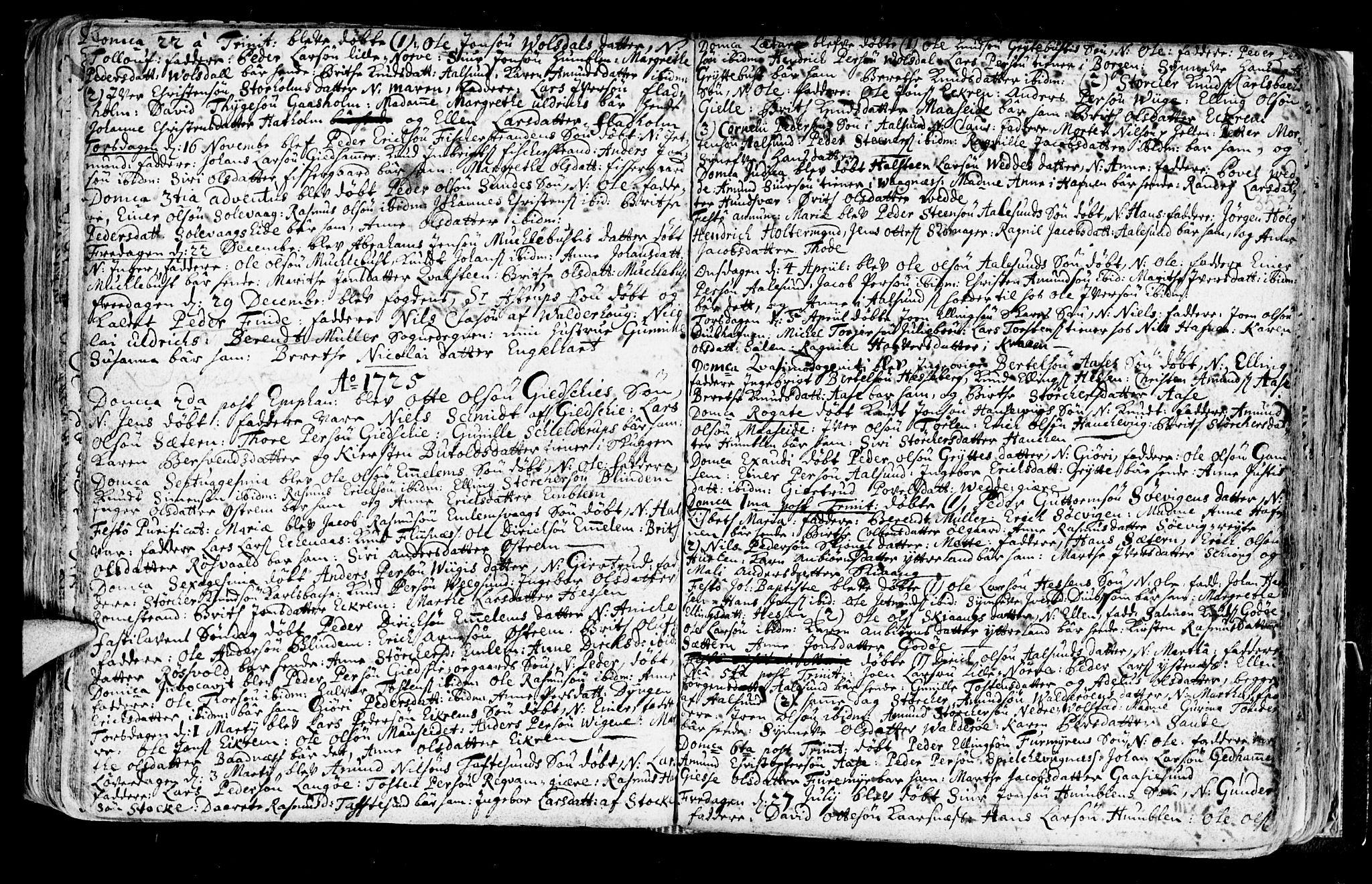 SAT, Ministerialprotokoller, klokkerbøker og fødselsregistre - Møre og Romsdal, 528/L0390: Ministerialbok nr. 528A01, 1698-1739, s. 352-353