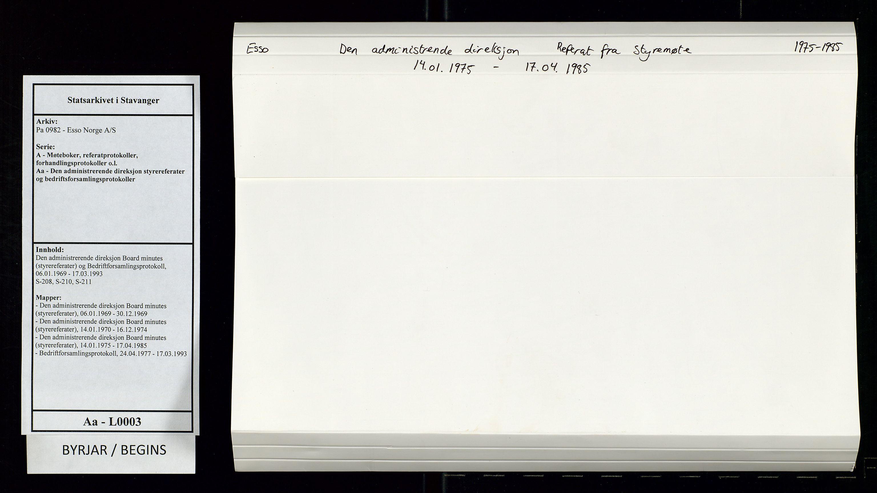 SAST, Pa 0982 - Esso Norge A/S, A/Aa/L0003: Den administrerende direksjon Board minutes (styrereferater) og Bedriftforsamlingsprotokoll, 1975-1985, s. upaginert