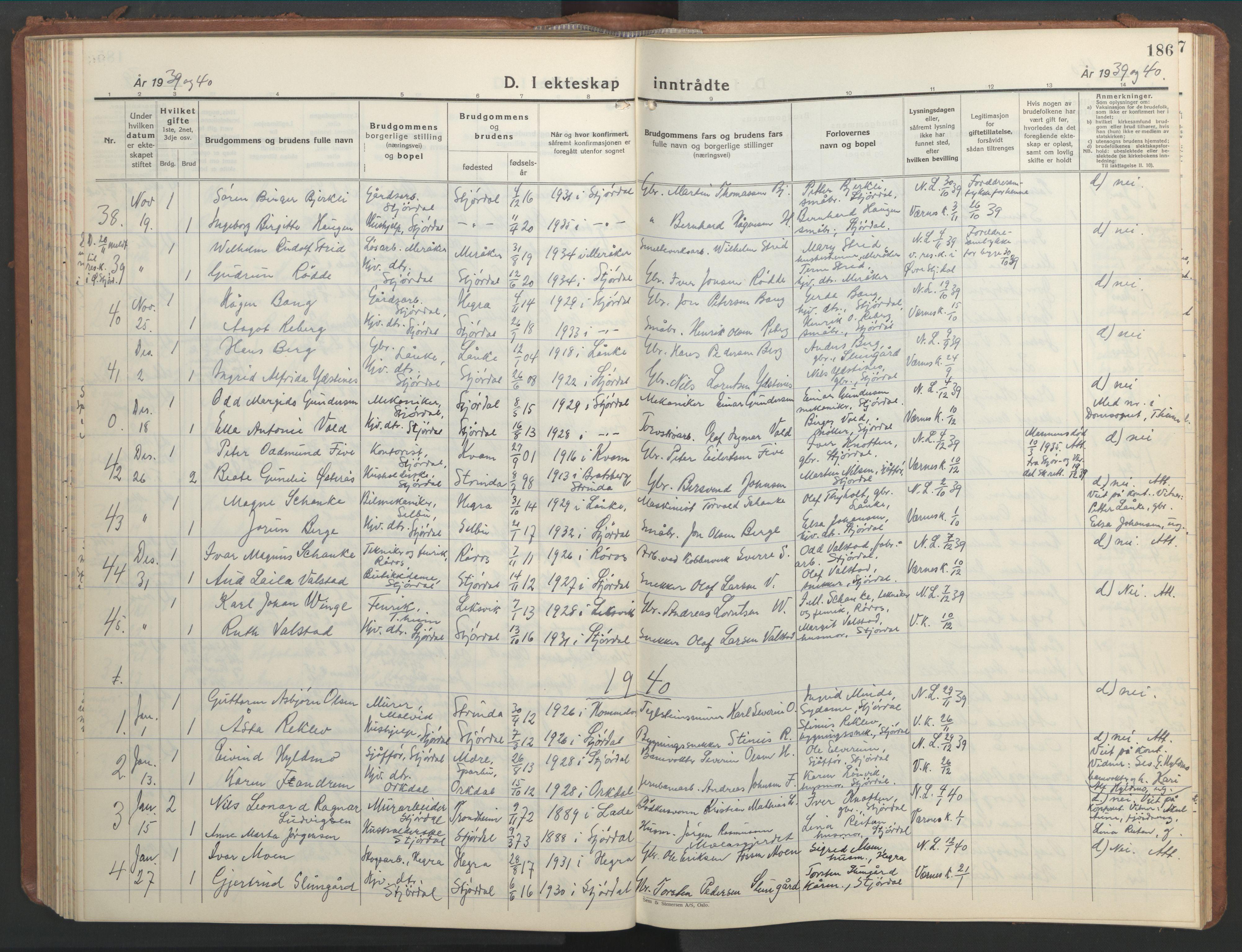SAT, Ministerialprotokoller, klokkerbøker og fødselsregistre - Nord-Trøndelag, 709/L0089: Klokkerbok nr. 709C03, 1935-1948, s. 186