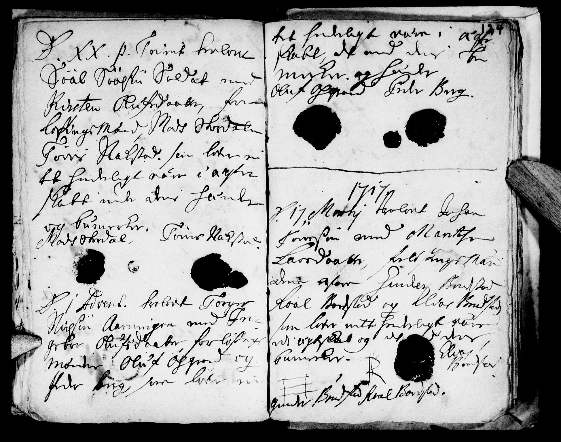 SAT, Ministerialprotokoller, klokkerbøker og fødselsregistre - Nord-Trøndelag, 722/L0214: Ministerialbok nr. 722A01, 1692-1718, s. 124