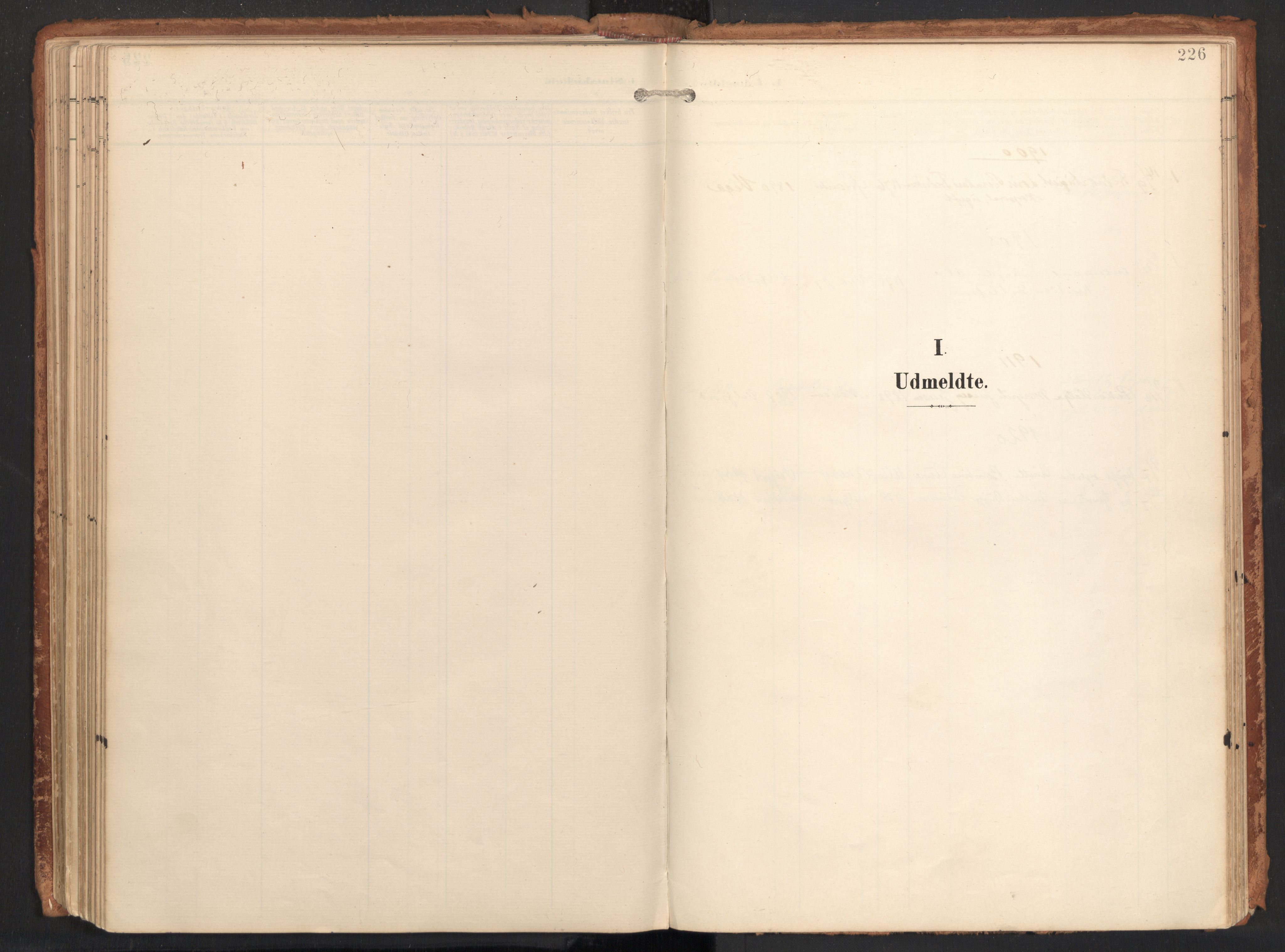 SAT, Ministerialprotokoller, klokkerbøker og fødselsregistre - Nordland, 814/L0227: Ministerialbok nr. 814A08, 1899-1920, s. 226