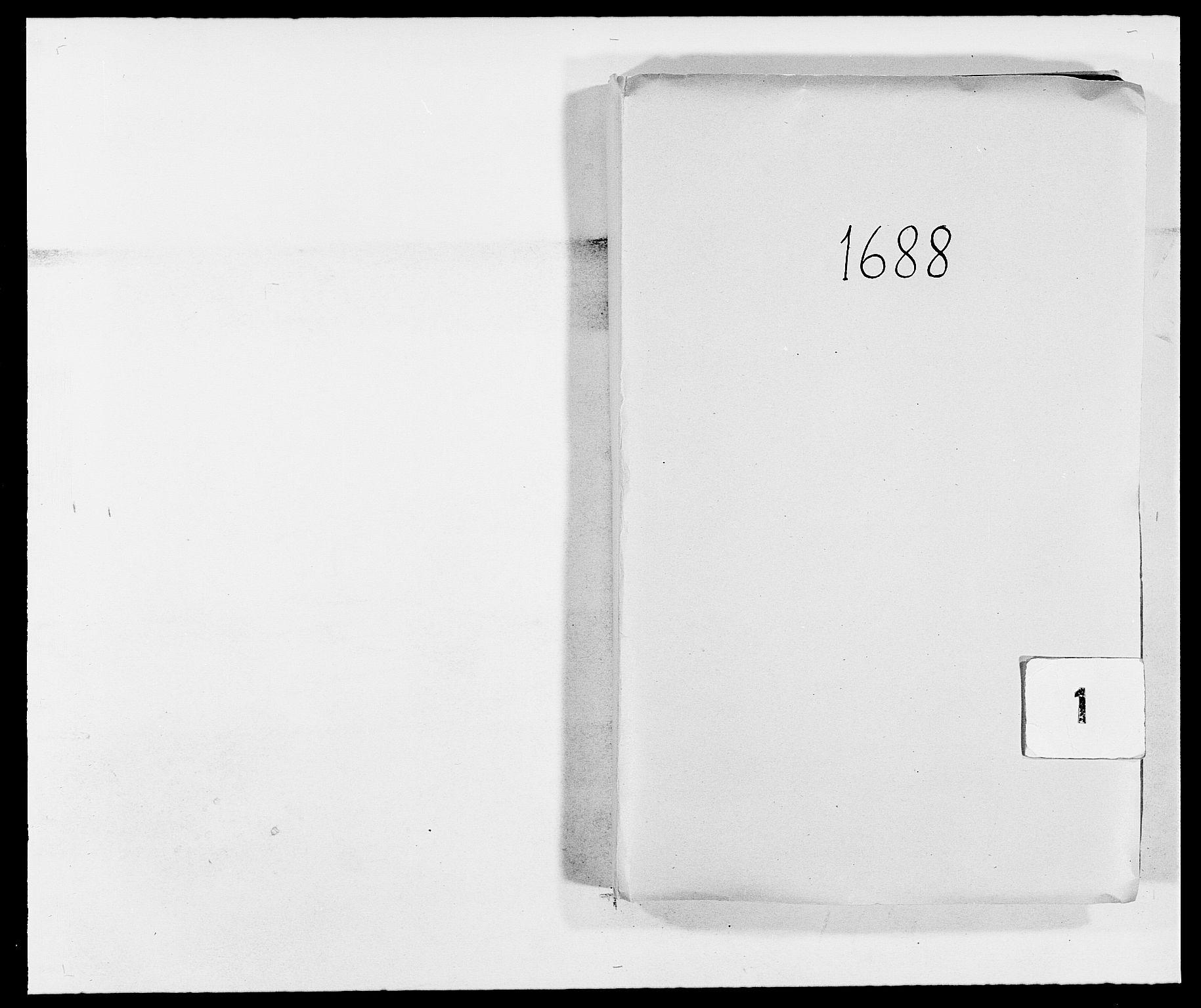 RA, Rentekammeret inntil 1814, Reviderte regnskaper, Fogderegnskap, R02/L0106: Fogderegnskap Moss og Verne kloster, 1688-1691, s. 1