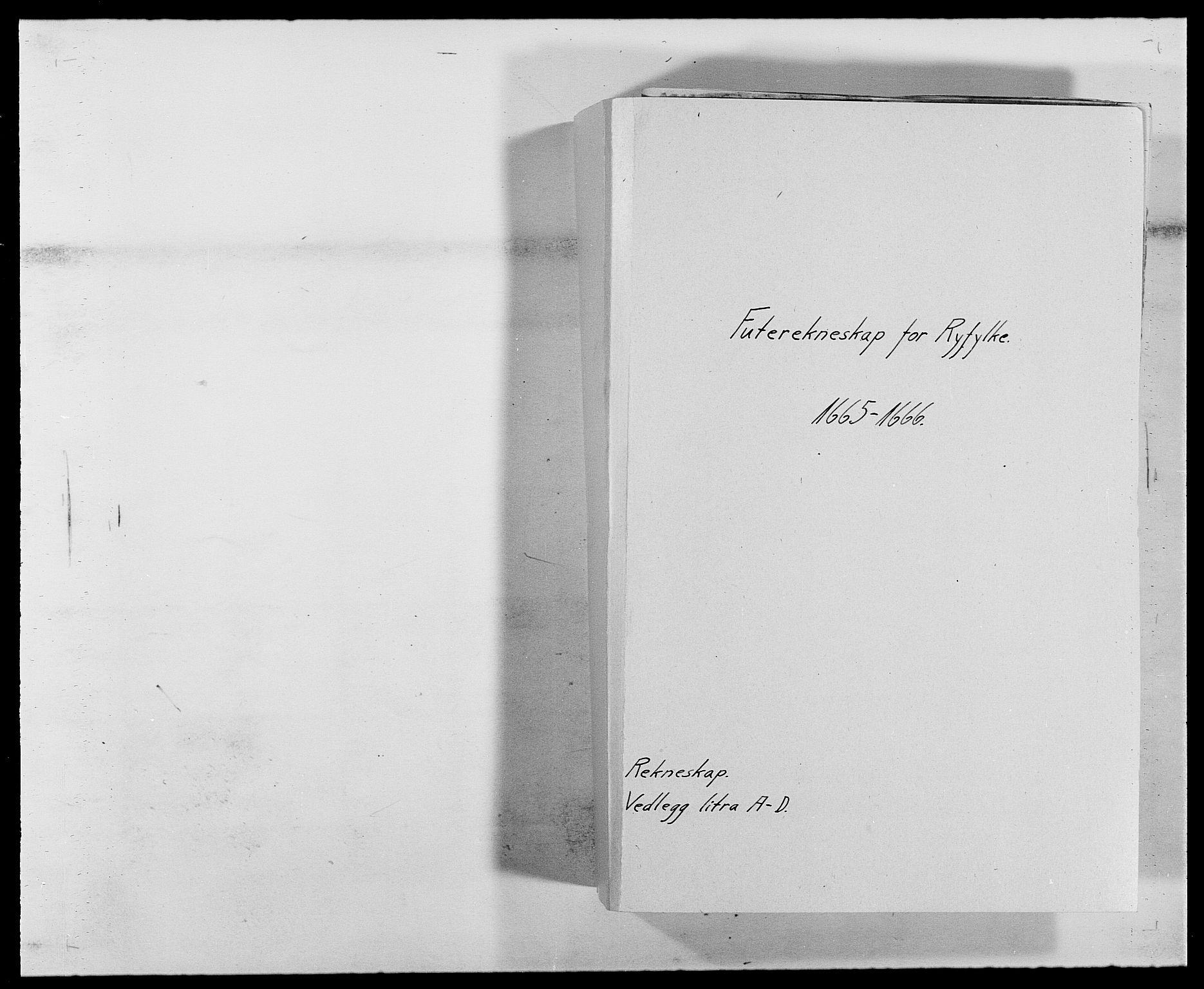 RA, Rentekammeret inntil 1814, Reviderte regnskaper, Fogderegnskap, R47/L2839: Fogderegnskap Ryfylke, 1665-1669, s. 1