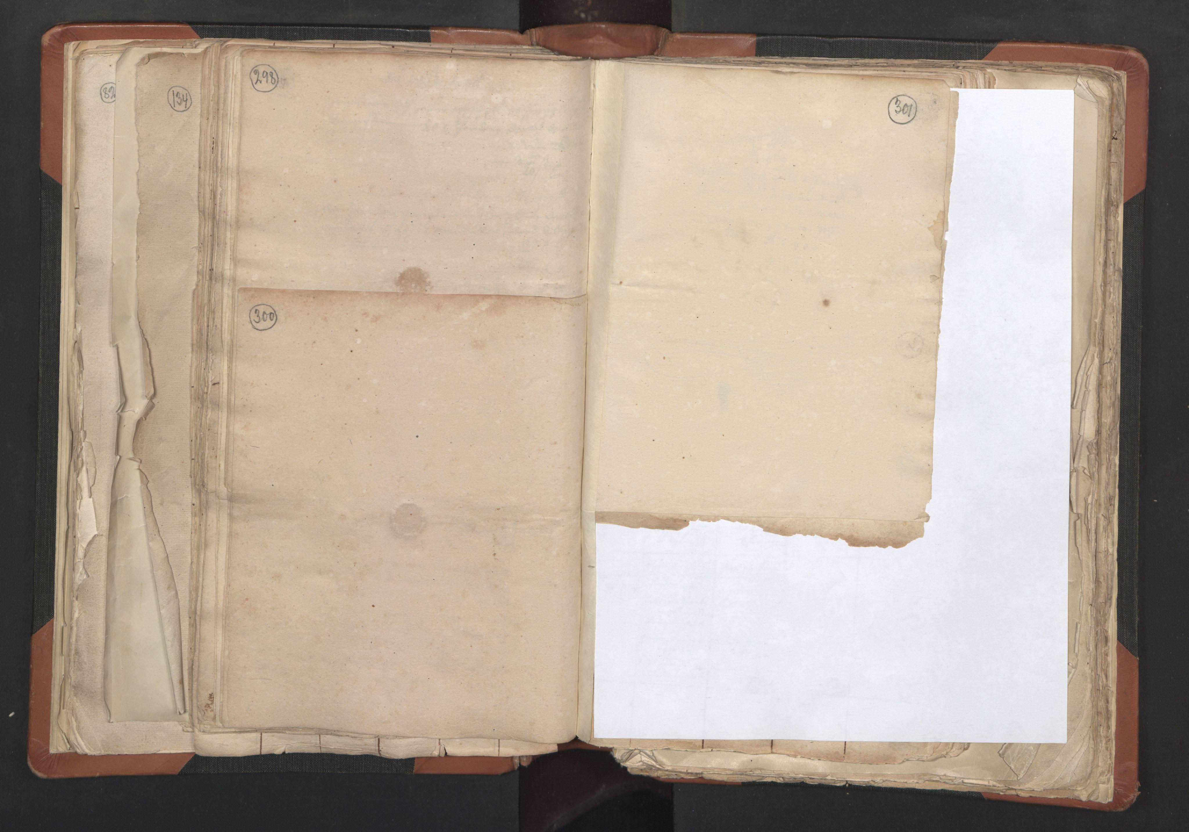 RA, Sogneprestenes manntall 1664-1666, nr. 27: Romsdal prosti, 1664-1666, s. 300-301