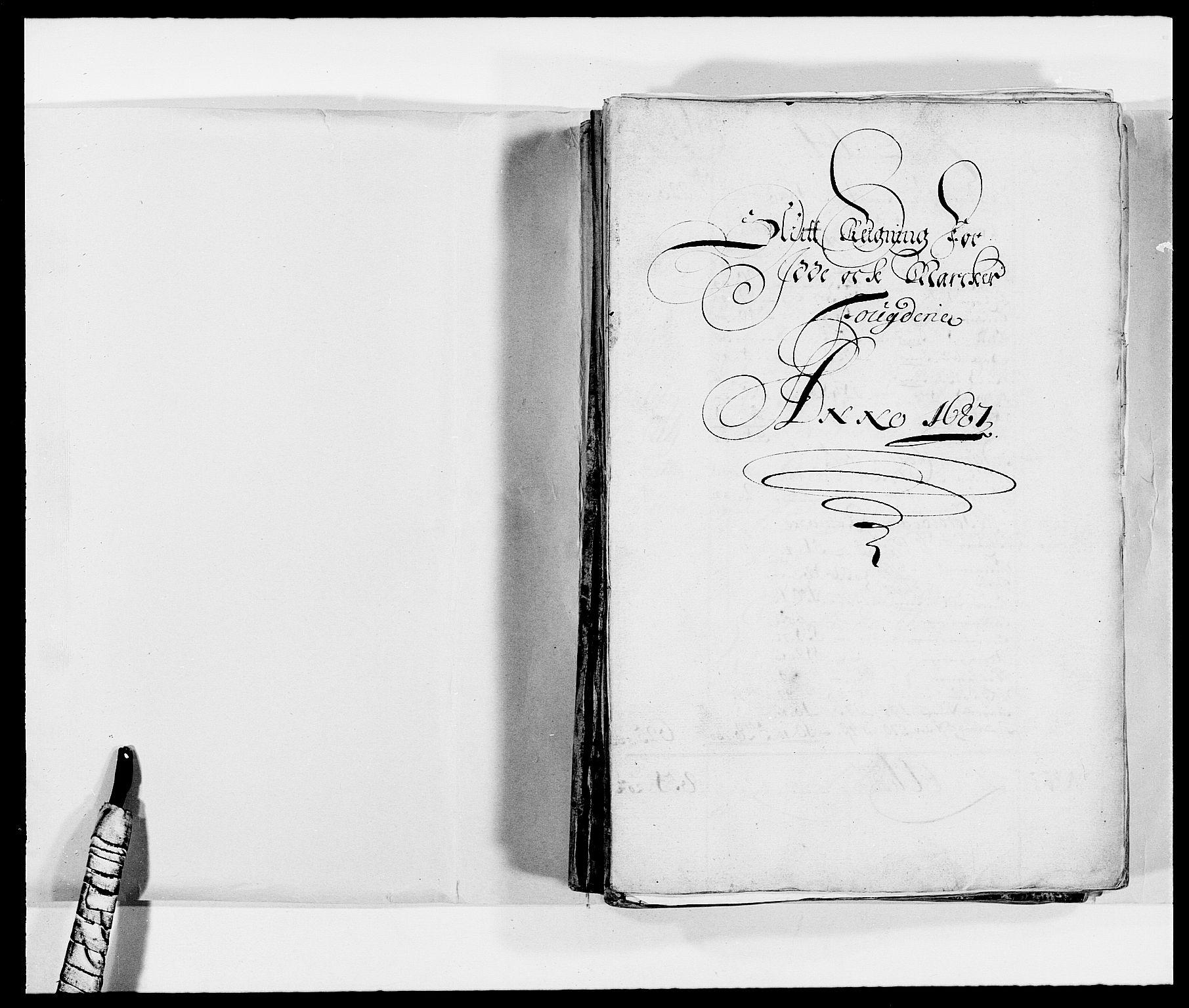 RA, Rentekammeret inntil 1814, Reviderte regnskaper, Fogderegnskap, R01/L0007: Fogderegnskap Idd og Marker, 1687-1688, s. 2