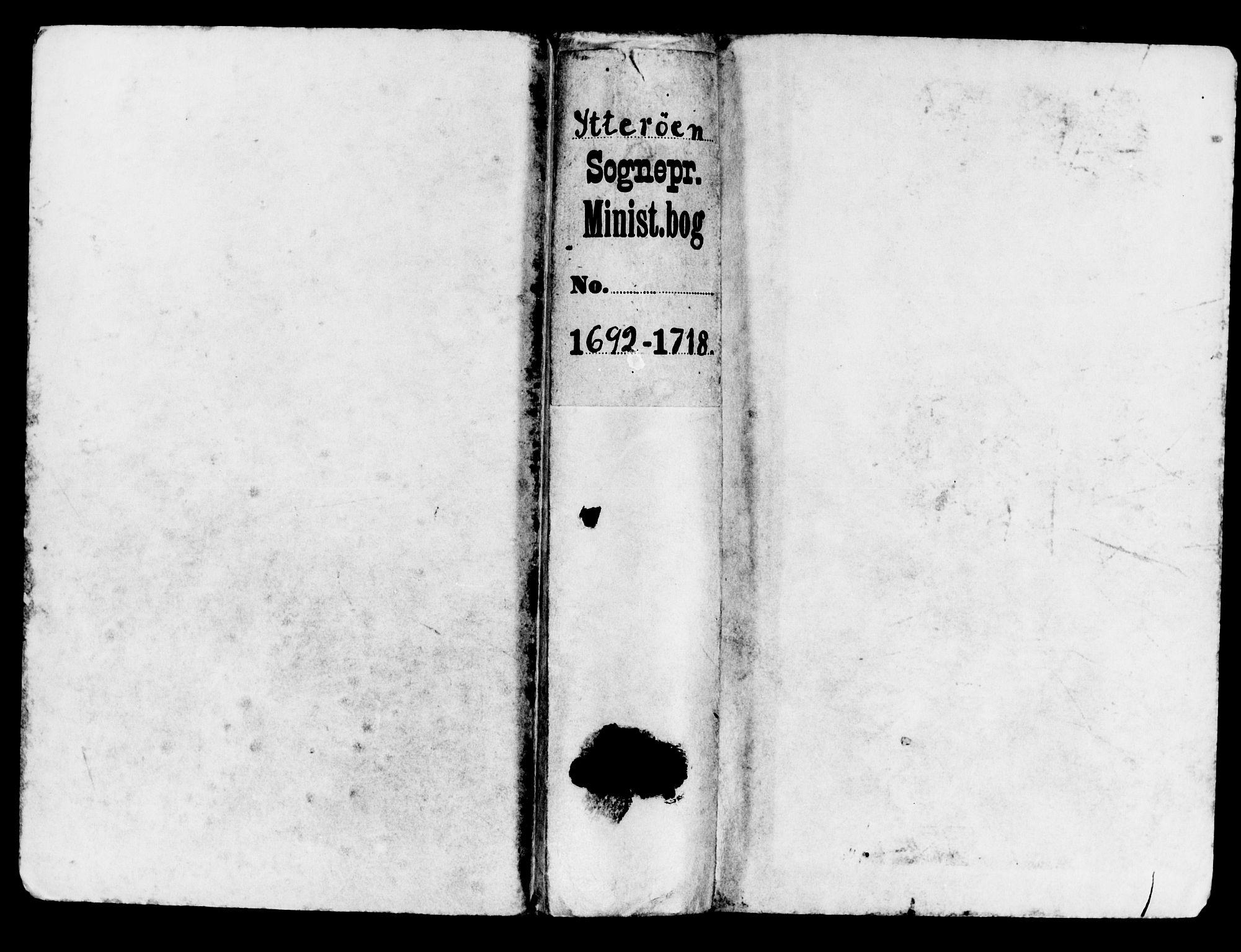 SAT, Ministerialprotokoller, klokkerbøker og fødselsregistre - Nord-Trøndelag, 722/L0214: Ministerialbok nr. 722A01, 1692-1718