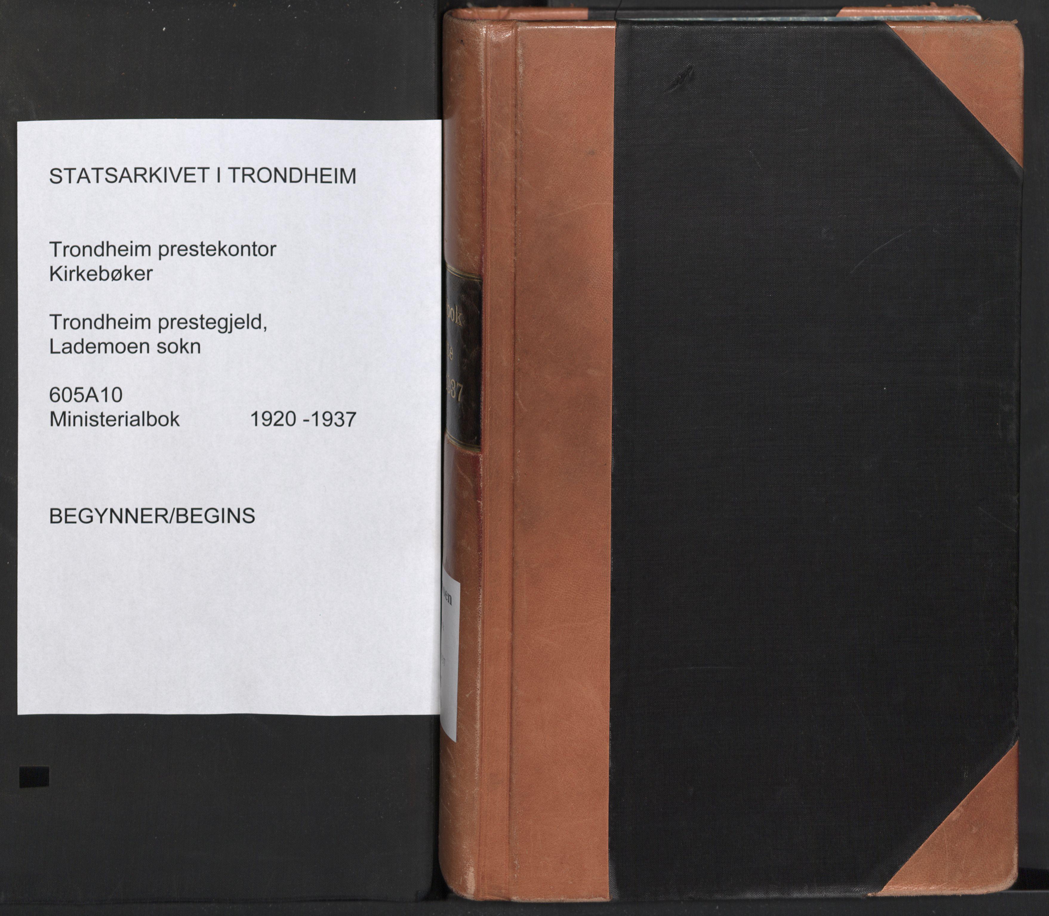 SAT, Ministerialprotokoller, klokkerbøker og fødselsregistre - Sør-Trøndelag, 605/L0248: Ministerialbok nr. 605A10, 1920-1937