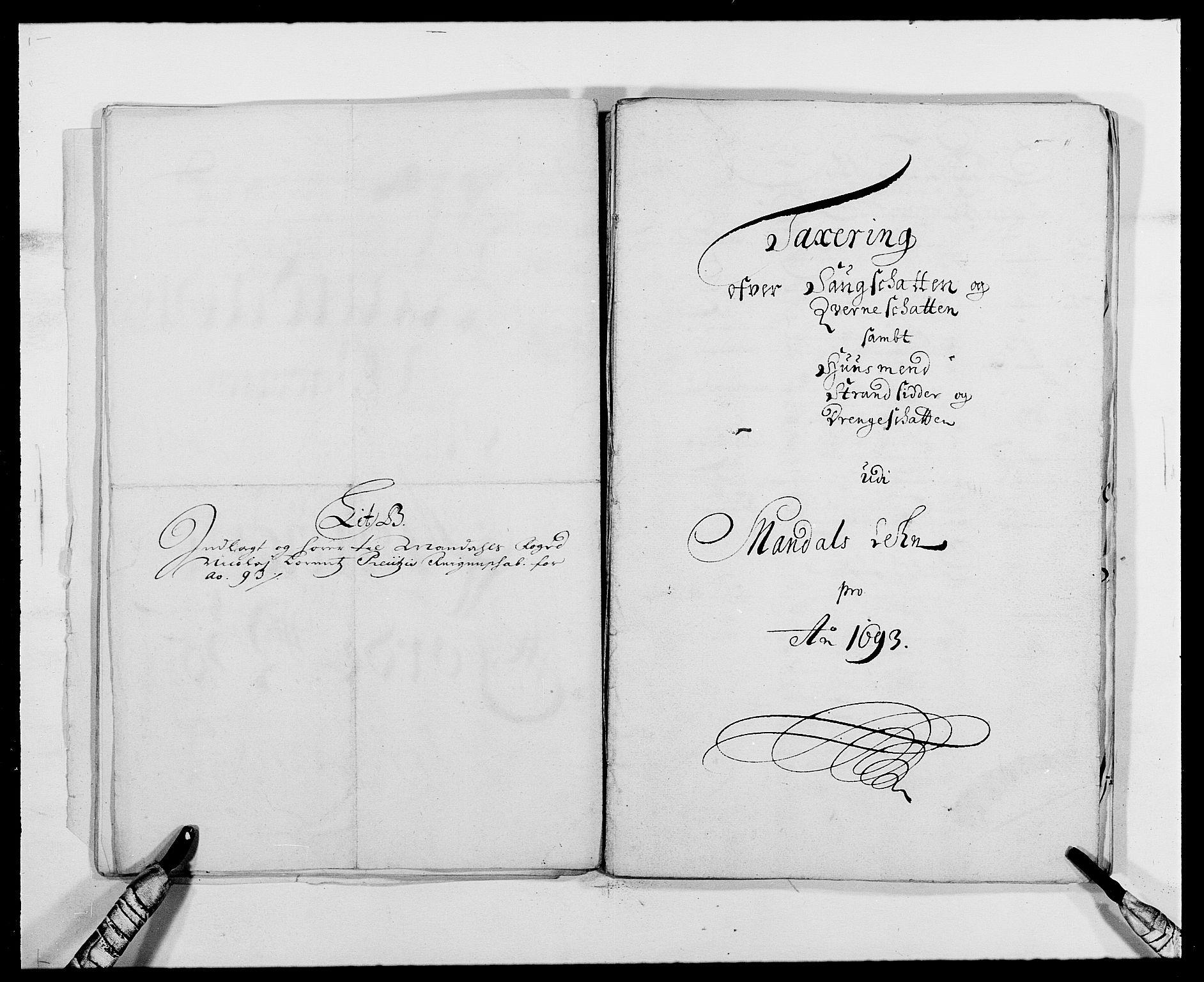 RA, Rentekammeret inntil 1814, Reviderte regnskaper, Fogderegnskap, R42/L2544: Mandal fogderi, 1692-1693, s. 210
