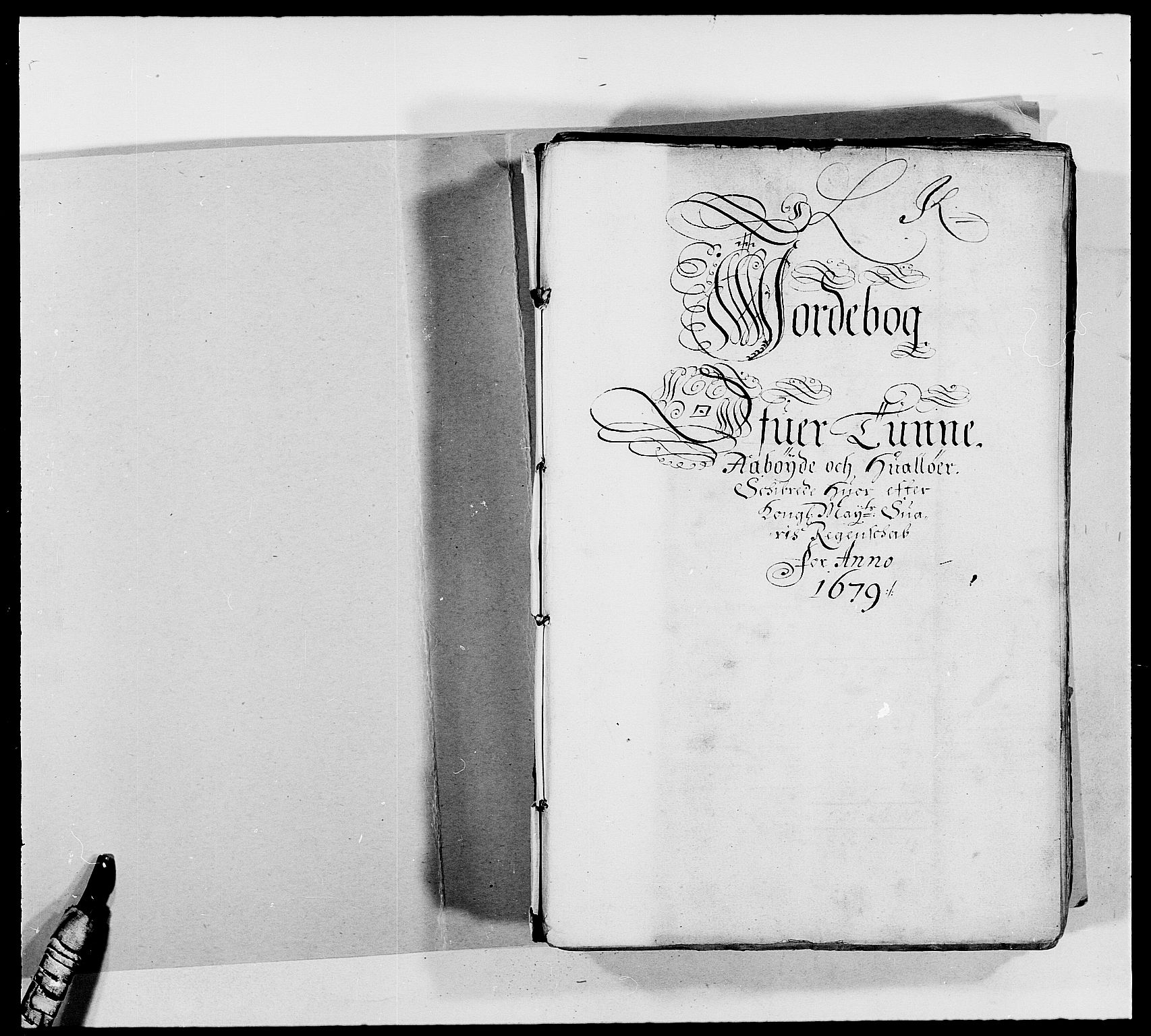 RA, Rentekammeret inntil 1814, Reviderte regnskaper, Fogderegnskap, R03/L0110: Fogderegnskap Onsøy, Tune, Veme og Åbygge fogderi, 1678-1679, s. 2