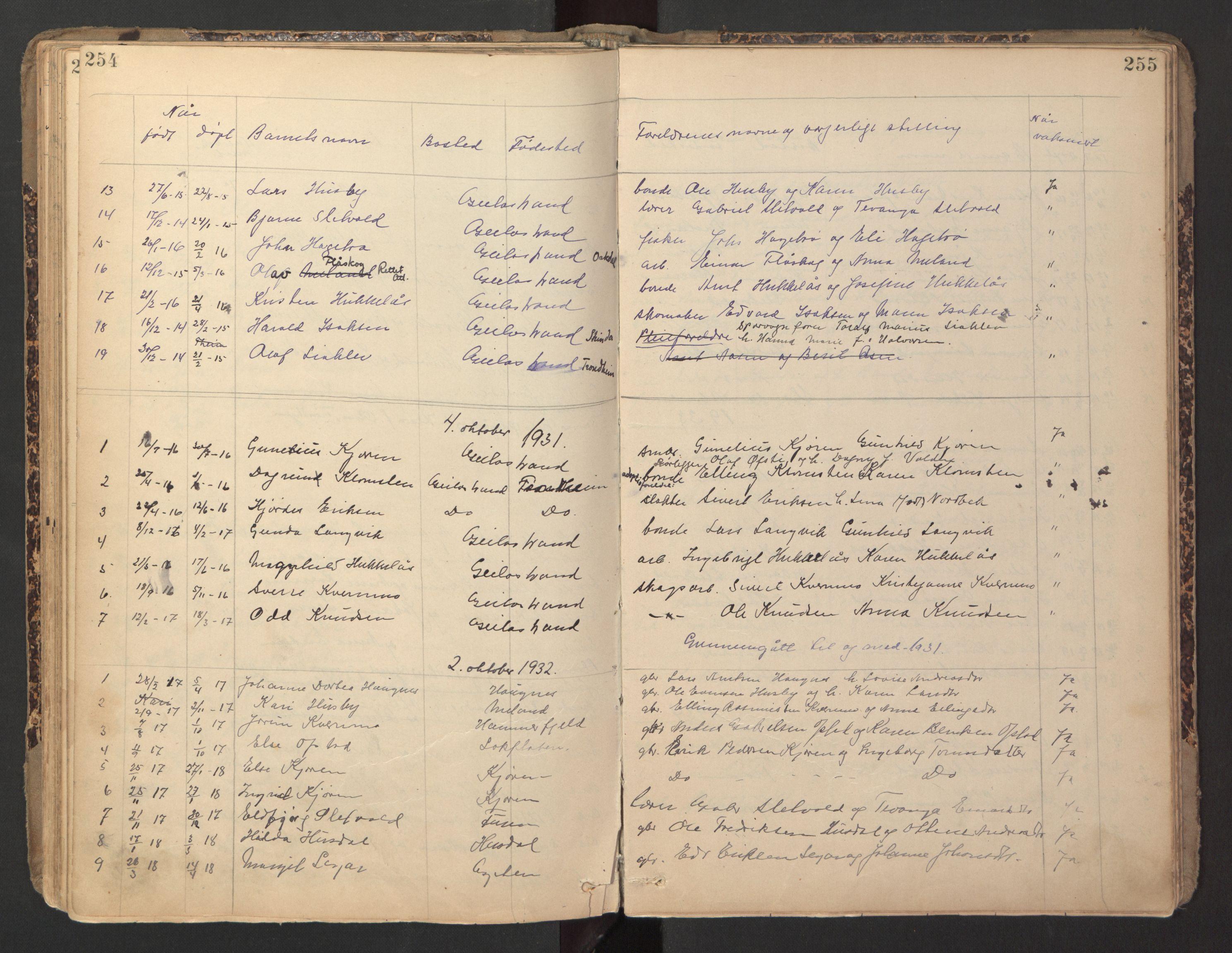 SAT, Ministerialprotokoller, klokkerbøker og fødselsregistre - Sør-Trøndelag, 670/L0837: Klokkerbok nr. 670C01, 1905-1946, s. 254-255