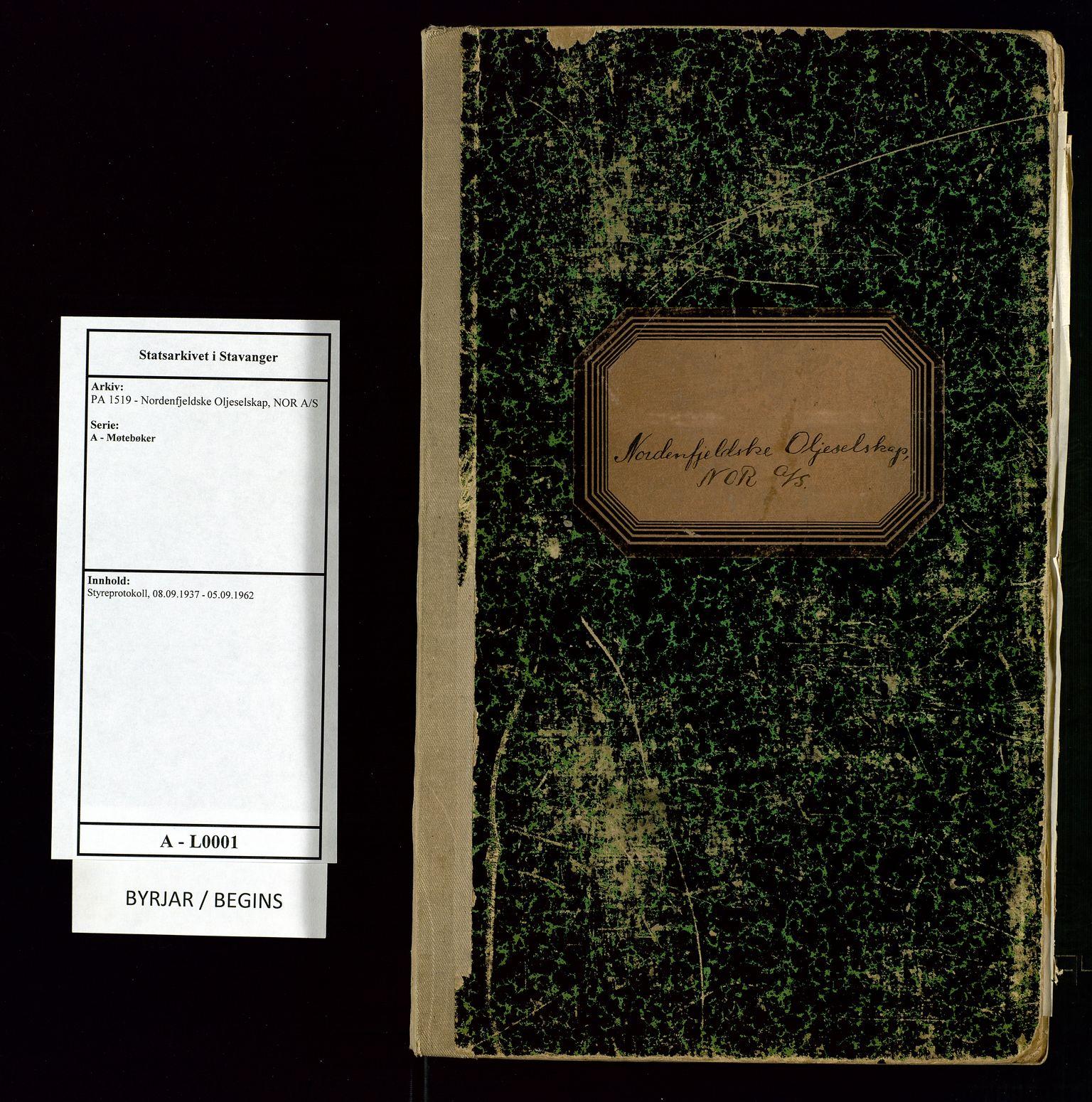 SAST, PA 1519 - Nordenfjeldske Oljeselskap, NOR A/S, A/L0001: Styreprotokoll, 1937-1962, s. 1
