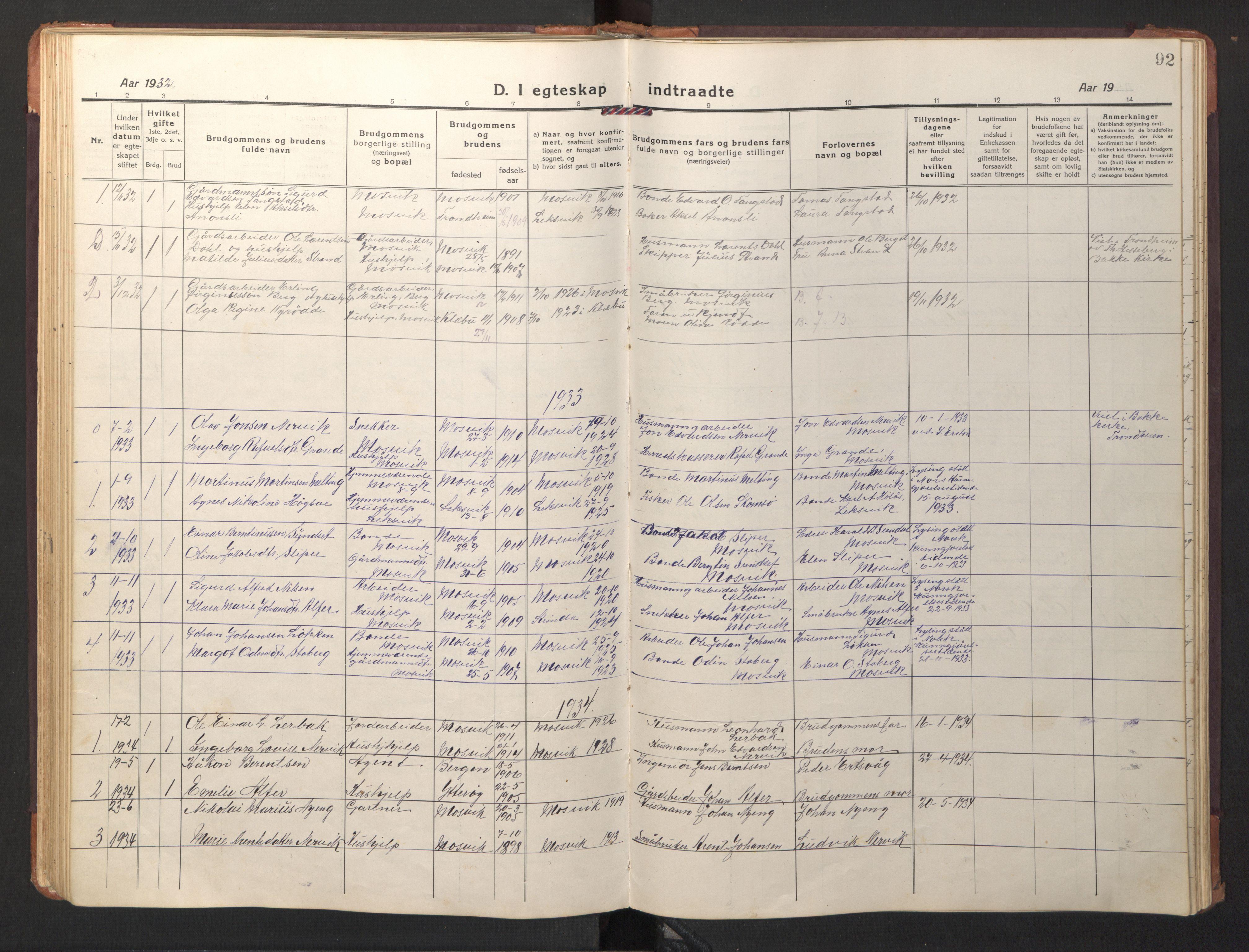 SAT, Ministerialprotokoller, klokkerbøker og fødselsregistre - Nord-Trøndelag, 733/L0328: Klokkerbok nr. 733C03, 1919-1966, s. 92