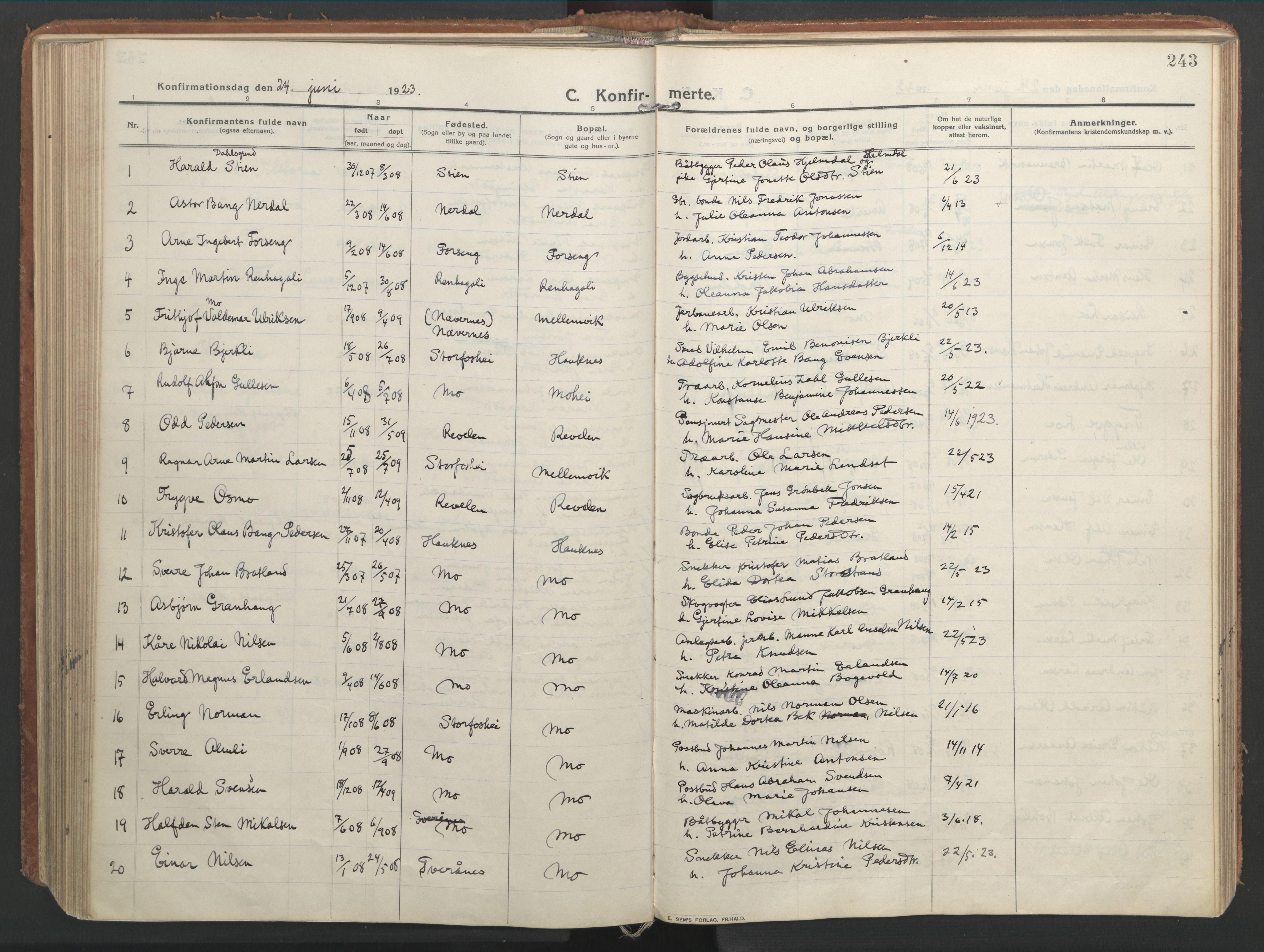 SAT, Ministerialprotokoller, klokkerbøker og fødselsregistre - Nordland, 827/L0404: Ministerialbok nr. 827A16, 1912-1925, s. 243
