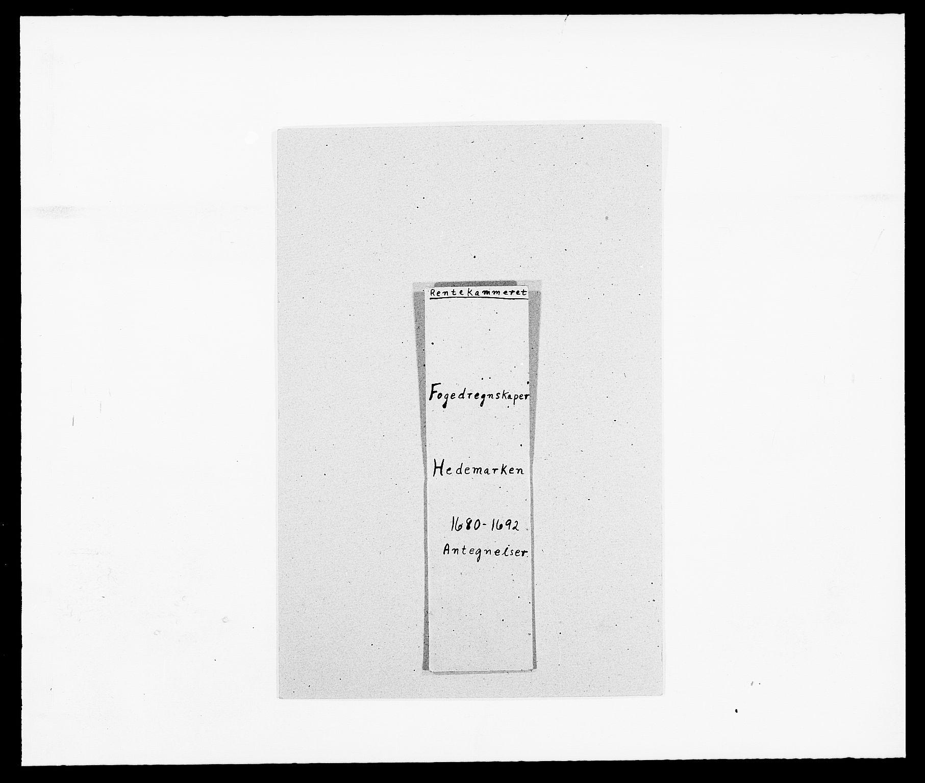 RA, Rentekammeret inntil 1814, Reviderte regnskaper, Fogderegnskap, R16/L1033: Fogderegnskap Hedmark, 1692, s. 1