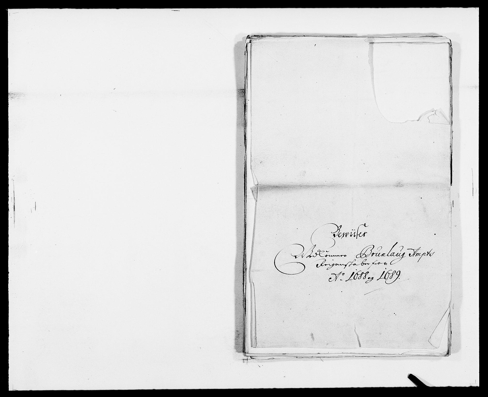 RA, Rentekammeret inntil 1814, Reviderte regnskaper, Fogderegnskap, R33/L1971: Fogderegnskap Larvik grevskap, 1688-1689, s. 368