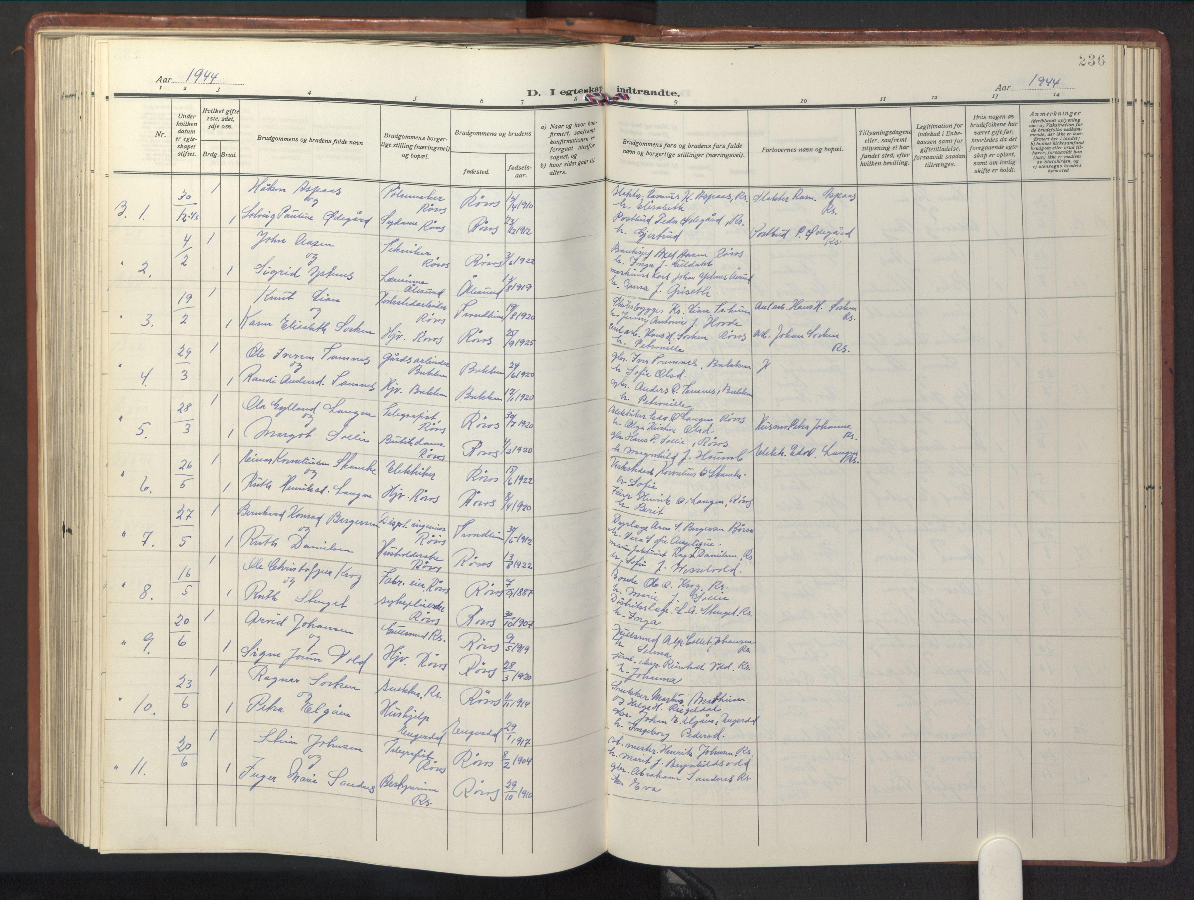 SAT, Ministerialprotokoller, klokkerbøker og fødselsregistre - Sør-Trøndelag, 681/L0943: Klokkerbok nr. 681C07, 1926-1954, s. 236