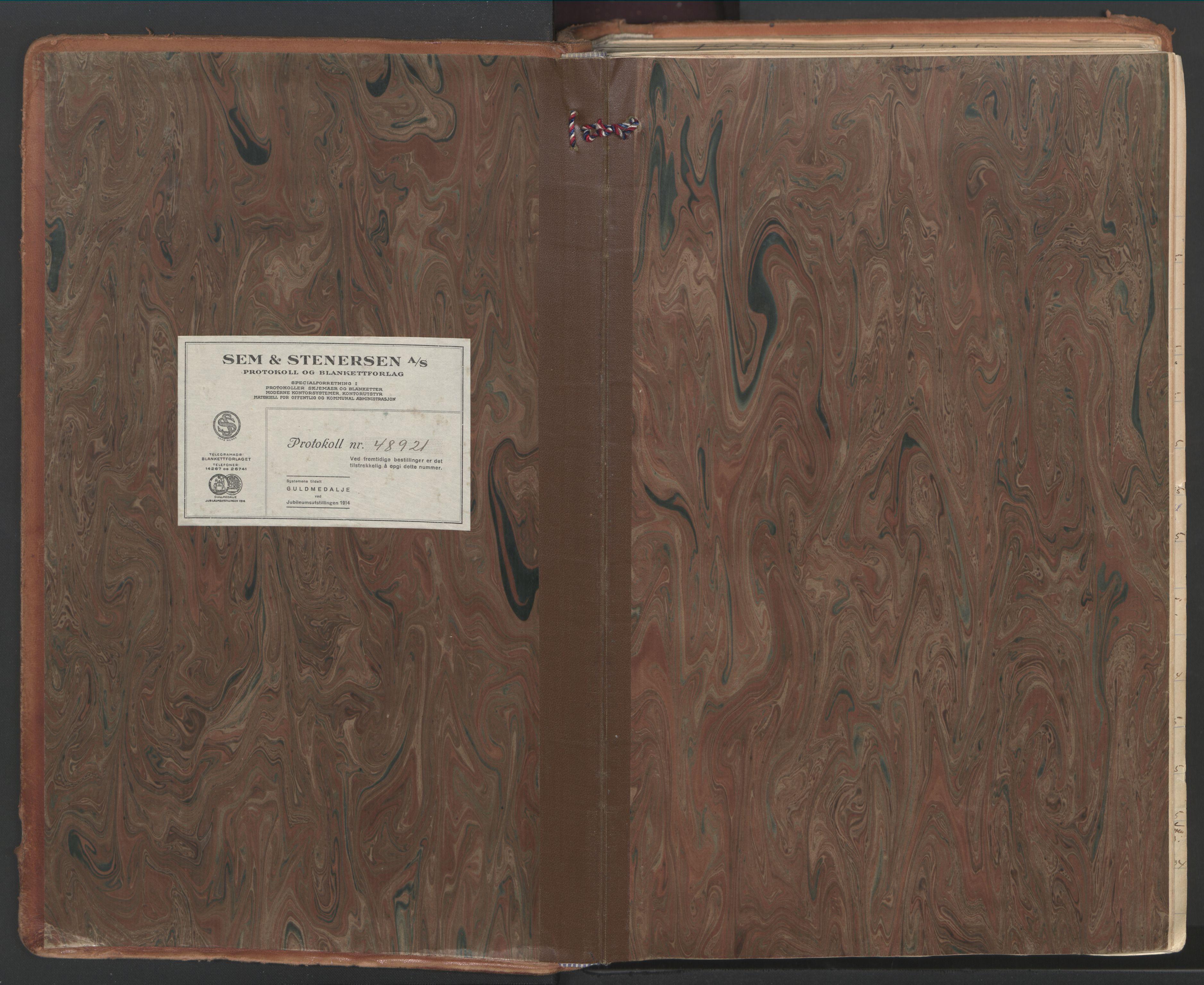 SAT, Ministerialprotokoller, klokkerbøker og fødselsregistre - Nordland, 802/L0061: Ministerialbok nr. 802A08, 1933-1946