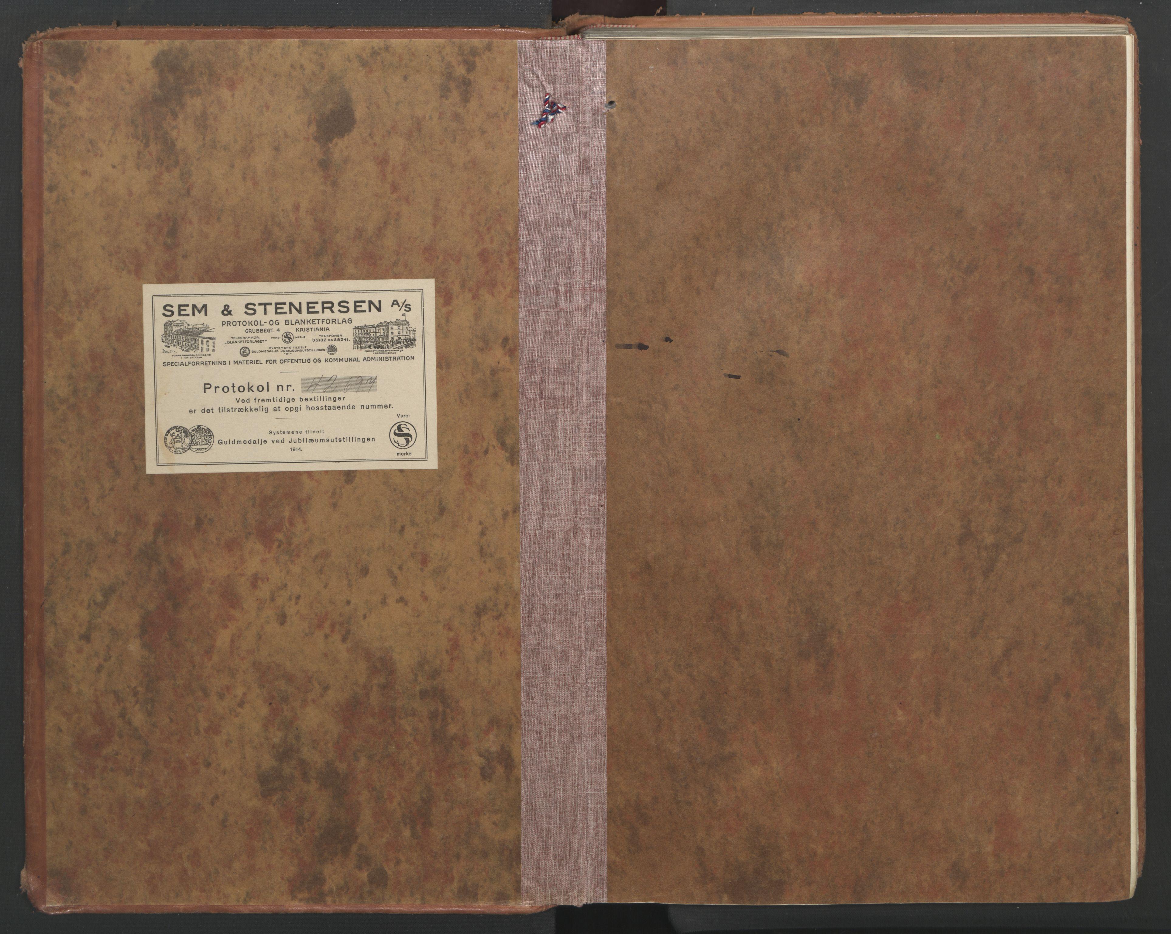 SAT, Ministerialprotokoller, klokkerbøker og fødselsregistre - Nord-Trøndelag, 710/L0097: Klokkerbok nr. 710C02, 1925-1955