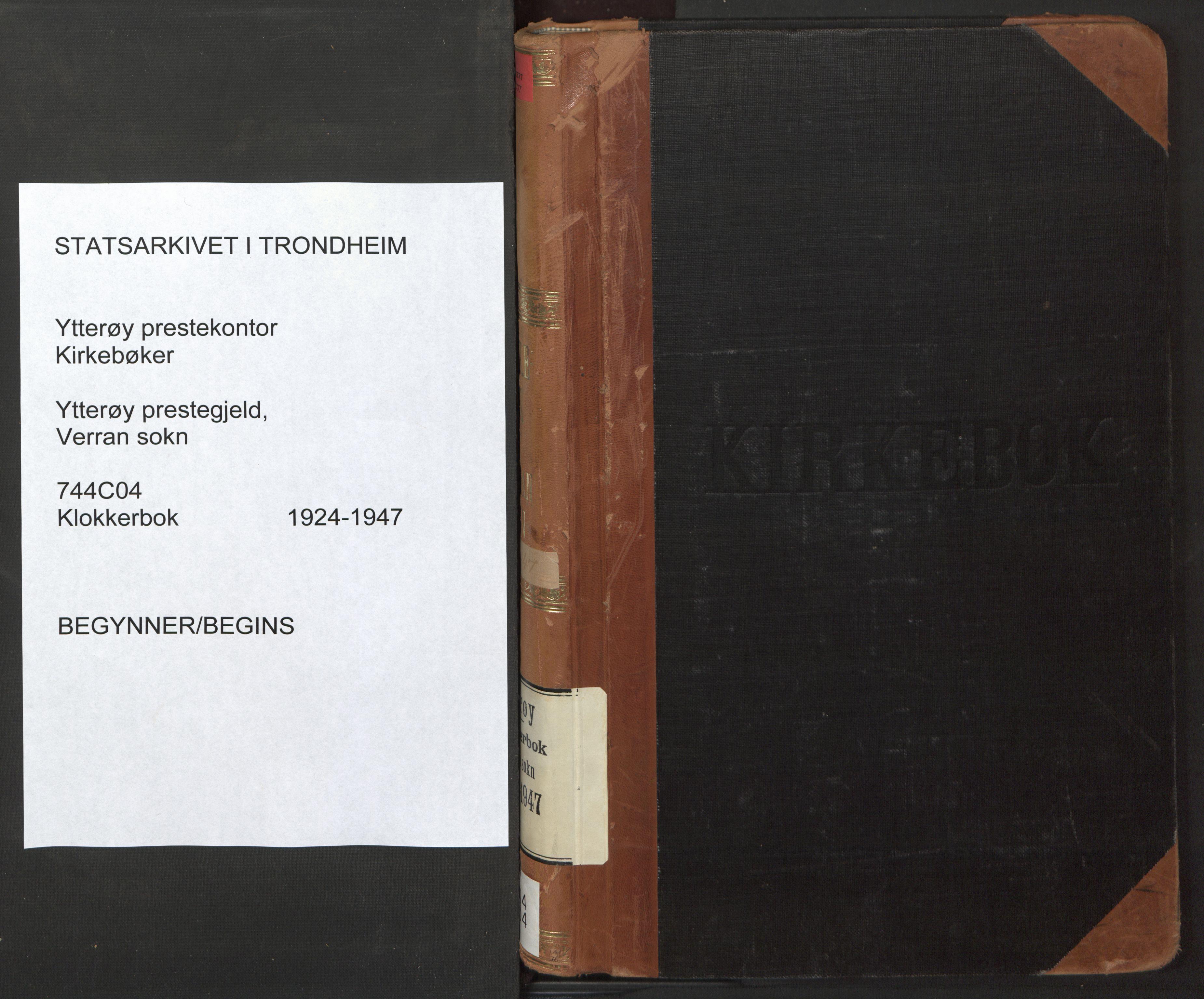 SAT, Ministerialprotokoller, klokkerbøker og fødselsregistre - Nord-Trøndelag, 744/L0425: Klokkerbok nr. 744C04, 1924-1947