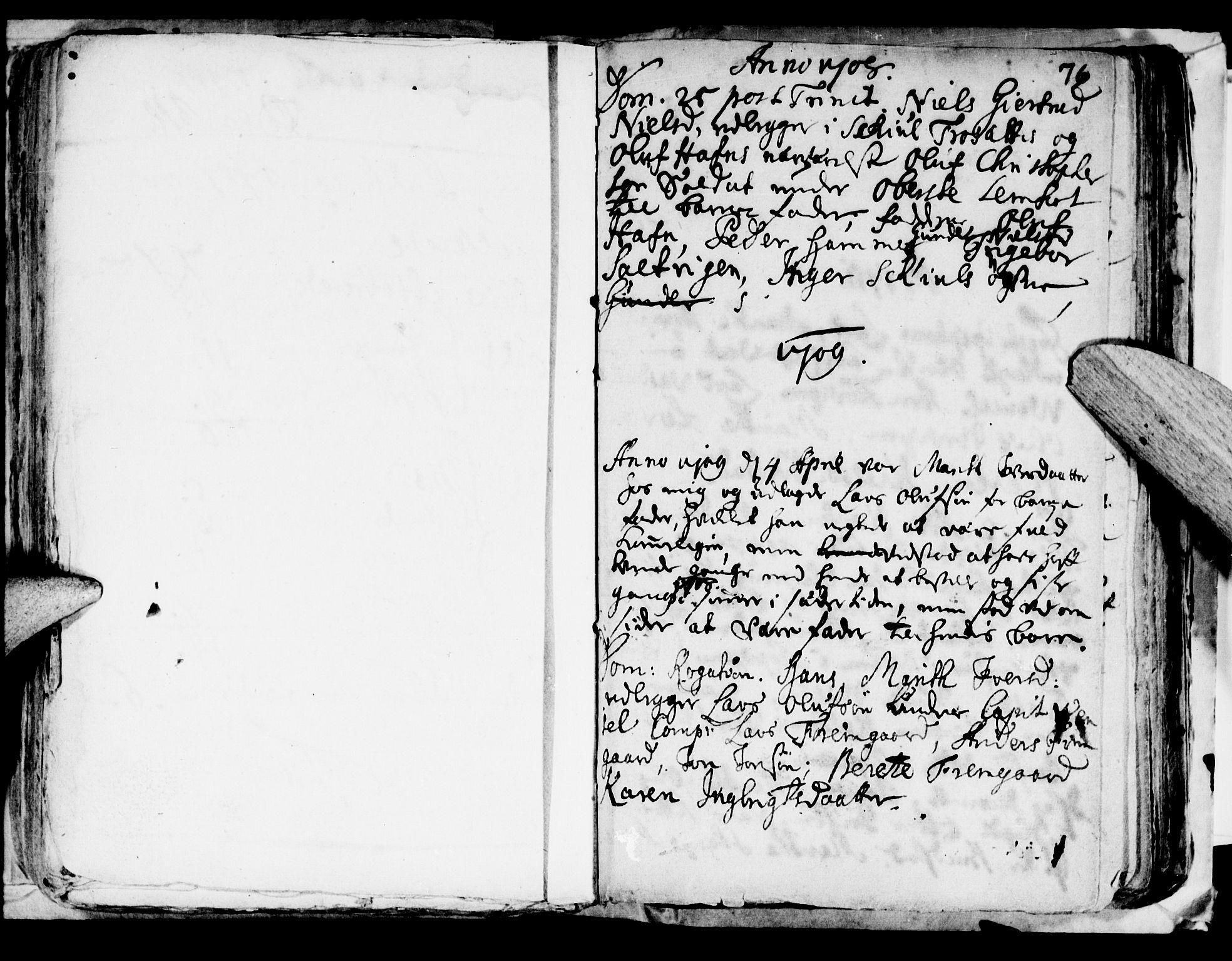 SAT, Ministerialprotokoller, klokkerbøker og fødselsregistre - Nord-Trøndelag, 722/L0214: Ministerialbok nr. 722A01, 1692-1718, s. 76