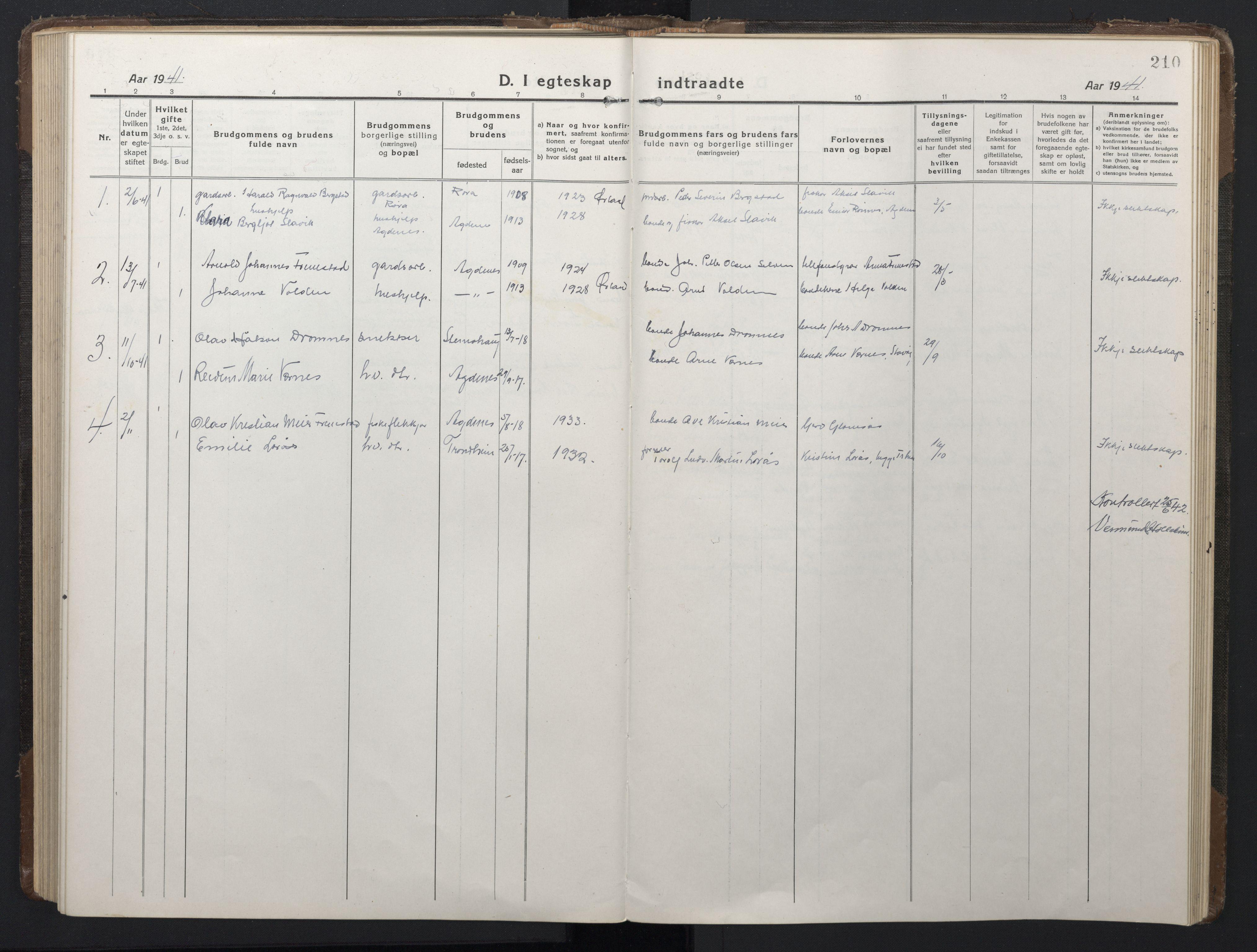 SAT, Ministerialprotokoller, klokkerbøker og fødselsregistre - Sør-Trøndelag, 662/L0758: Klokkerbok nr. 662C03, 1918-1948, s. 210