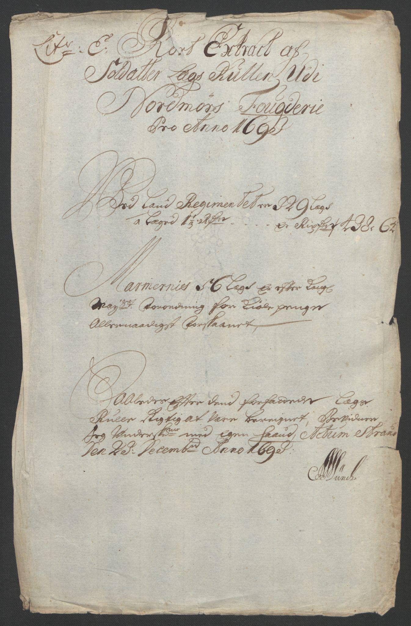 RA, Rentekammeret inntil 1814, Reviderte regnskaper, Fogderegnskap, R56/L3735: Fogderegnskap Nordmøre, 1692-1693, s. 352