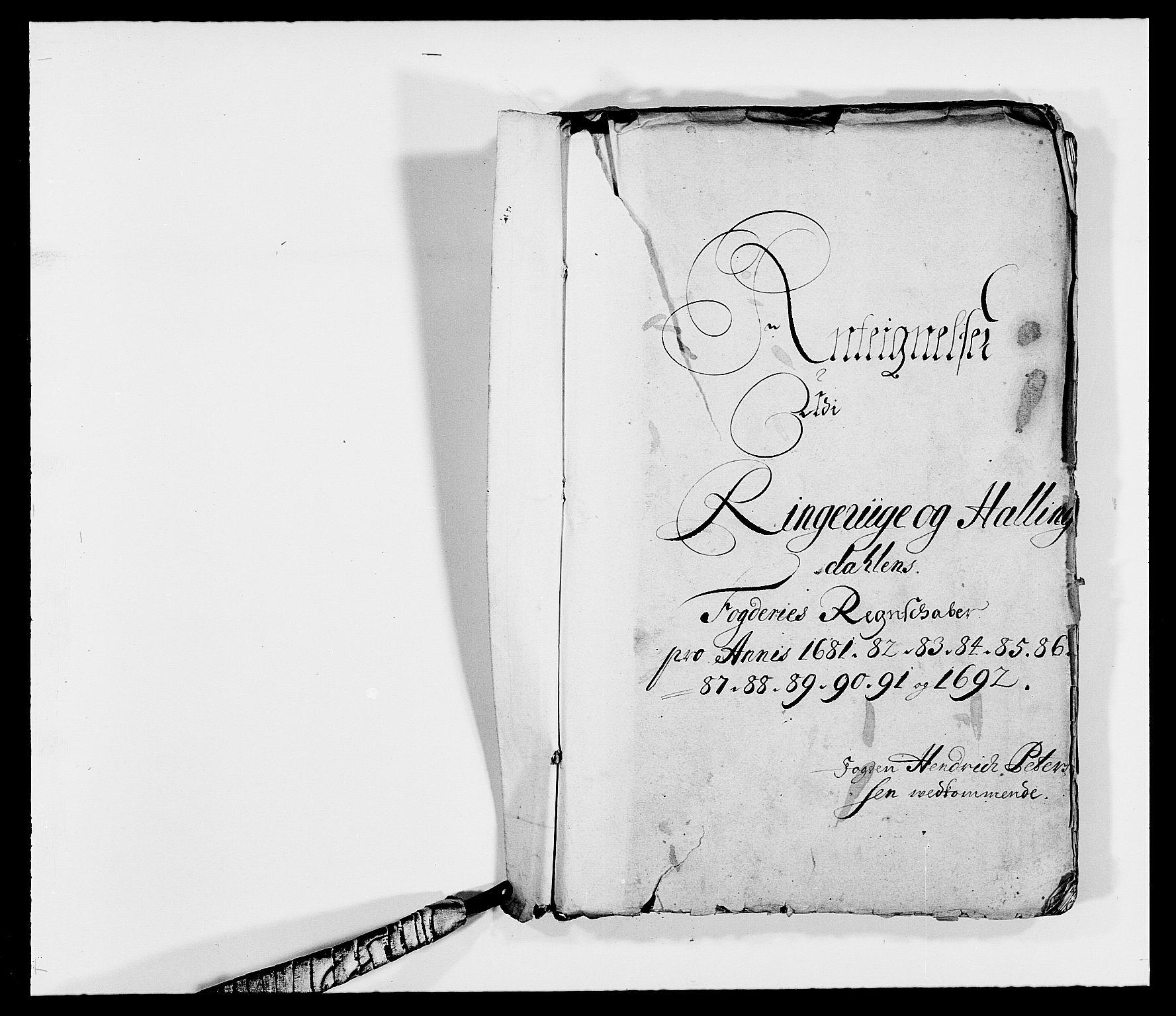 RA, Rentekammeret inntil 1814, Reviderte regnskaper, Fogderegnskap, R21/L1449: Fogderegnskap Ringerike og Hallingdal, 1690-1692, s. 203