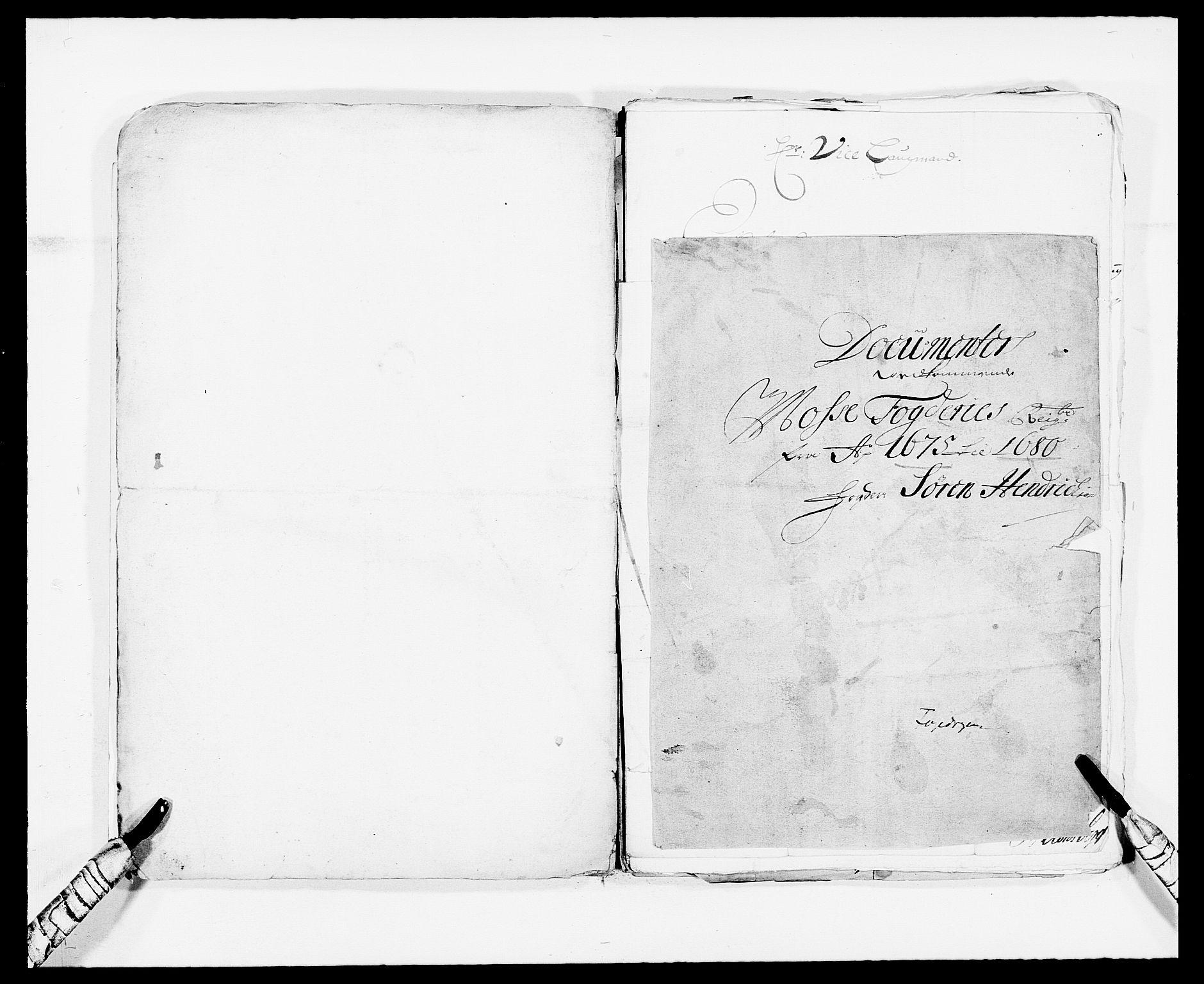 RA, Rentekammeret inntil 1814, Reviderte regnskaper, Fogderegnskap, R02/L0102: Fogderegnskap Moss og Verne kloster, 1675-1681, s. 111