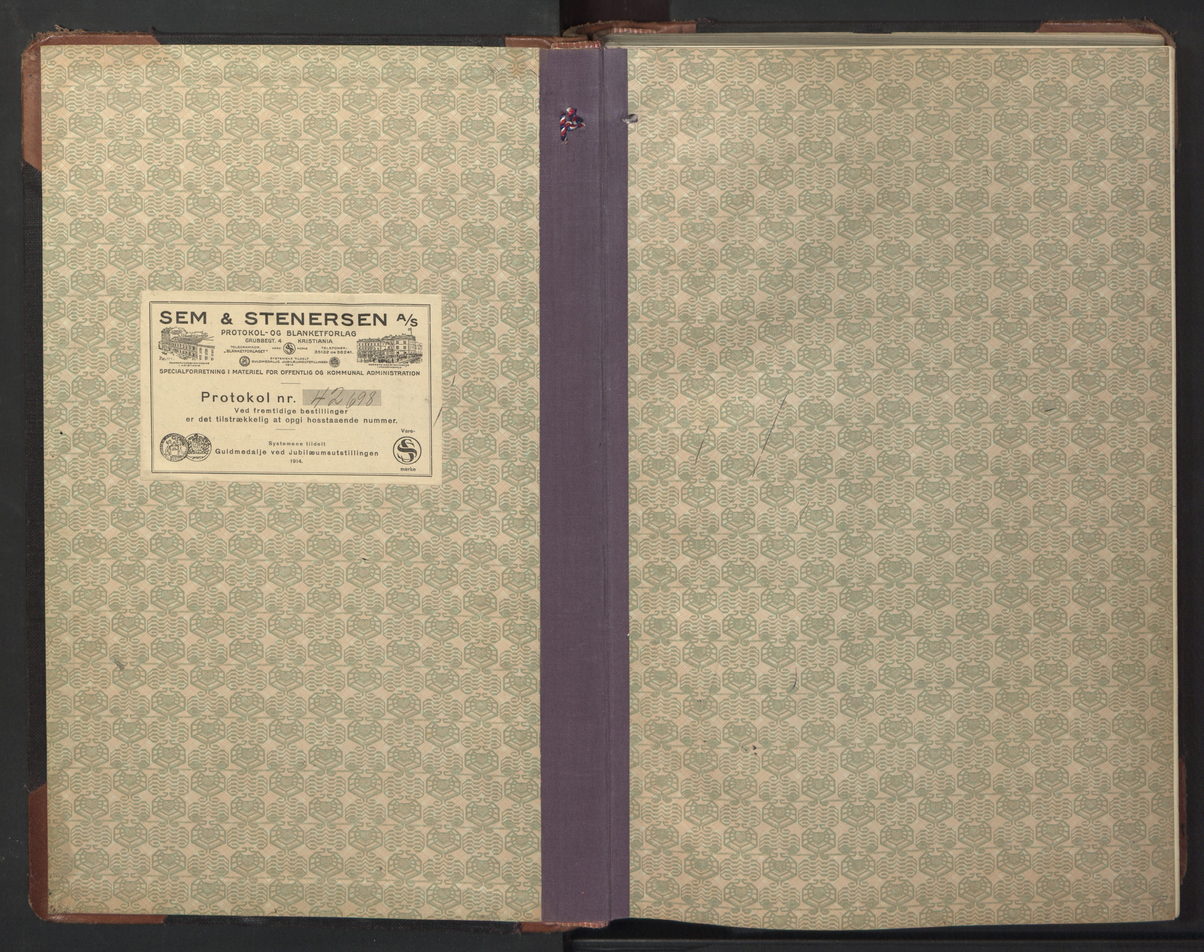 SAT, Ministerialprotokoller, klokkerbøker og fødselsregistre - Sør-Trøndelag, 669/L0832: Klokkerbok nr. 669C02, 1925-1953