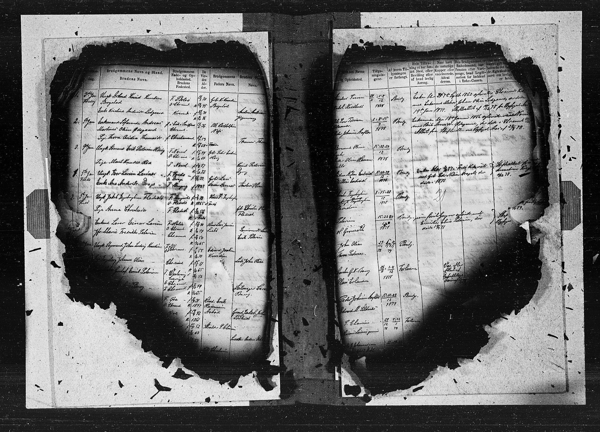 SAT, Ministerialprotokoller, klokkerbøker og fødselsregistre - Møre og Romsdal, 572/L0849: Ministerialbok nr. 572A12, 1877-1879, s. 21
